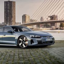 Фотография экоавто Audi e-tron GT - фото 20