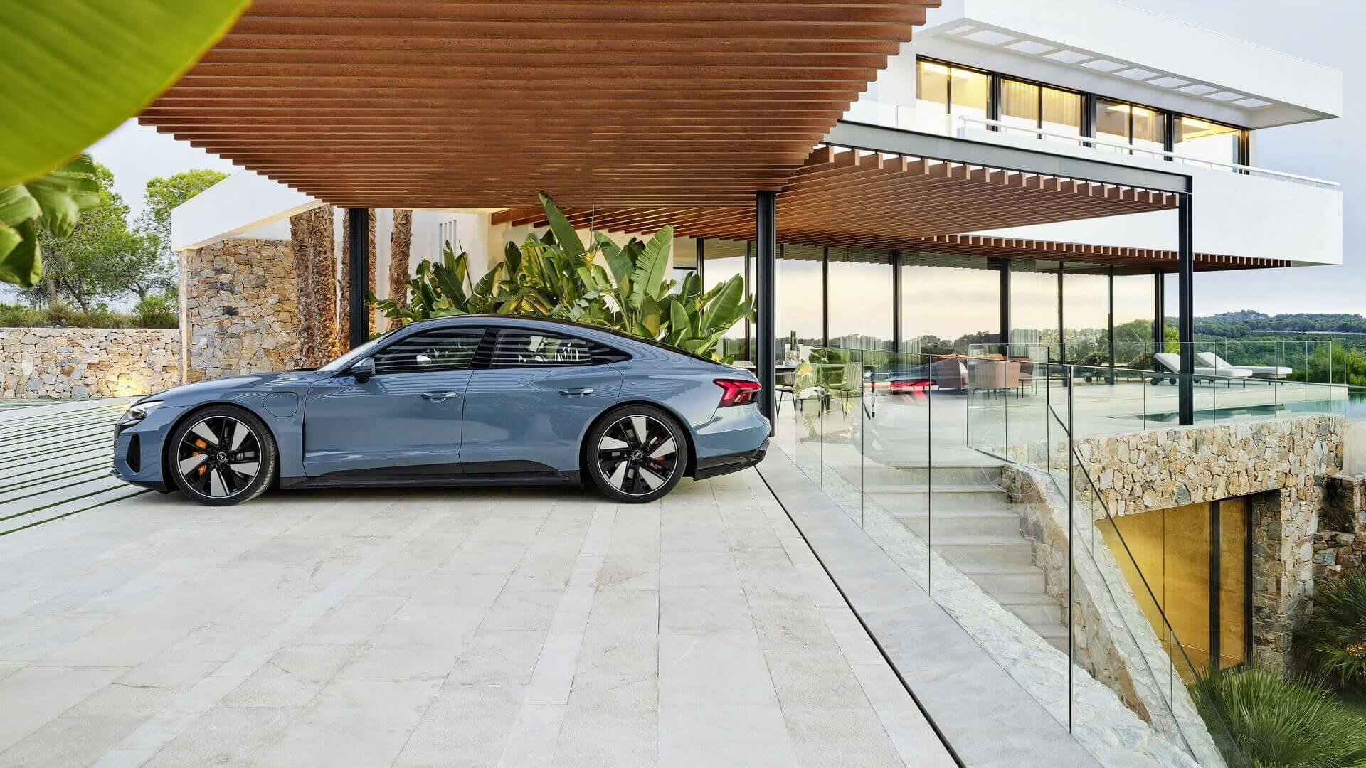Фотография экоавто Audi e-tron GT - фото 4