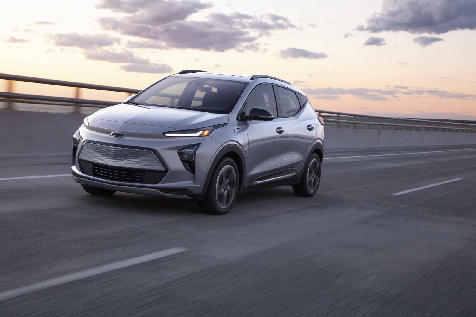 Фотография экоавто Chevrolet Bolt EUV (65 кВт⋅ч) - фото 3