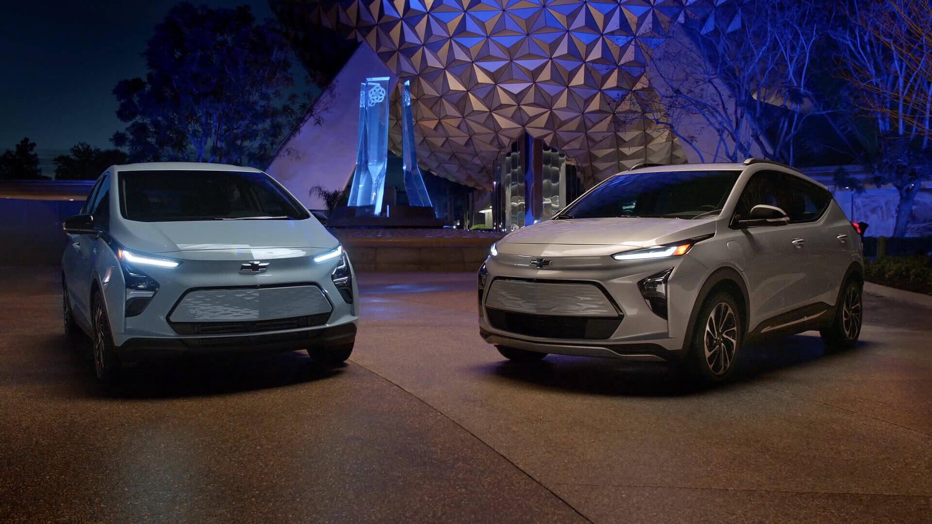 Chevrolet официально представила новый Bolt EUV и обновленный Bolt EV