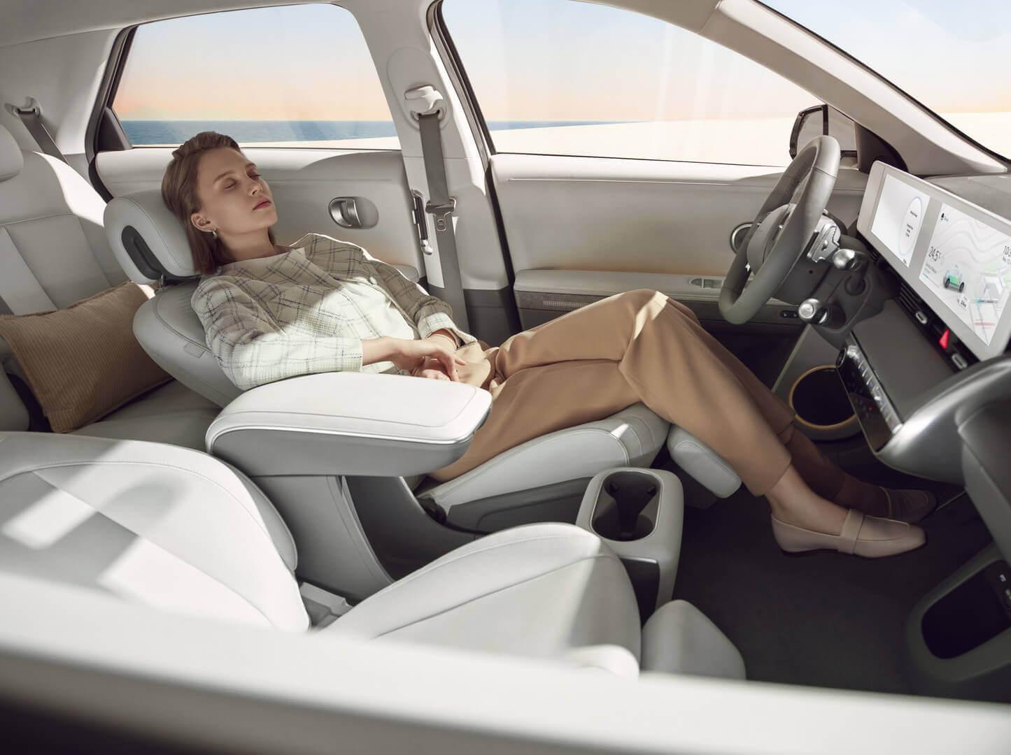 Фотография экоавто Hyundai IONIQ 5 2WD «Standard Range» (58 кВт⋅ч) - фото 27