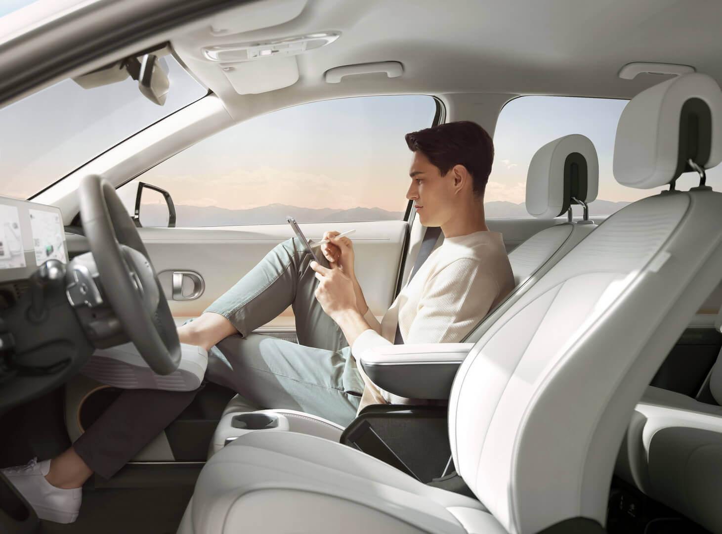 Фотография экоавто Hyundai IONIQ 5 2WD «Standard Range» (58 кВт⋅ч) - фото 25