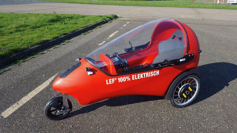 Электрический микрокар LEF: уже невелосипед, ноеще неавтомобиль