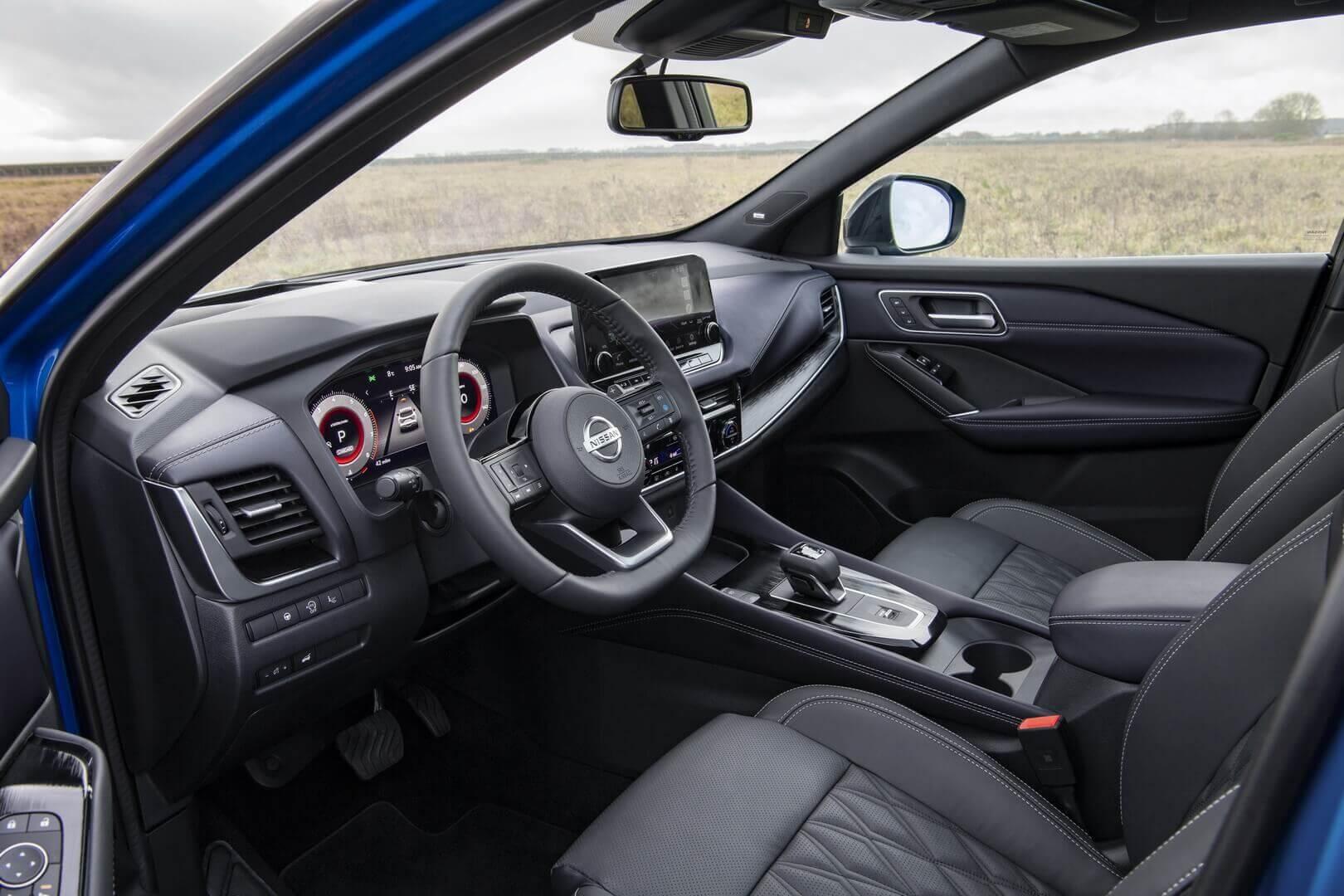 Интерьер Nissan Qashqai 2021 года