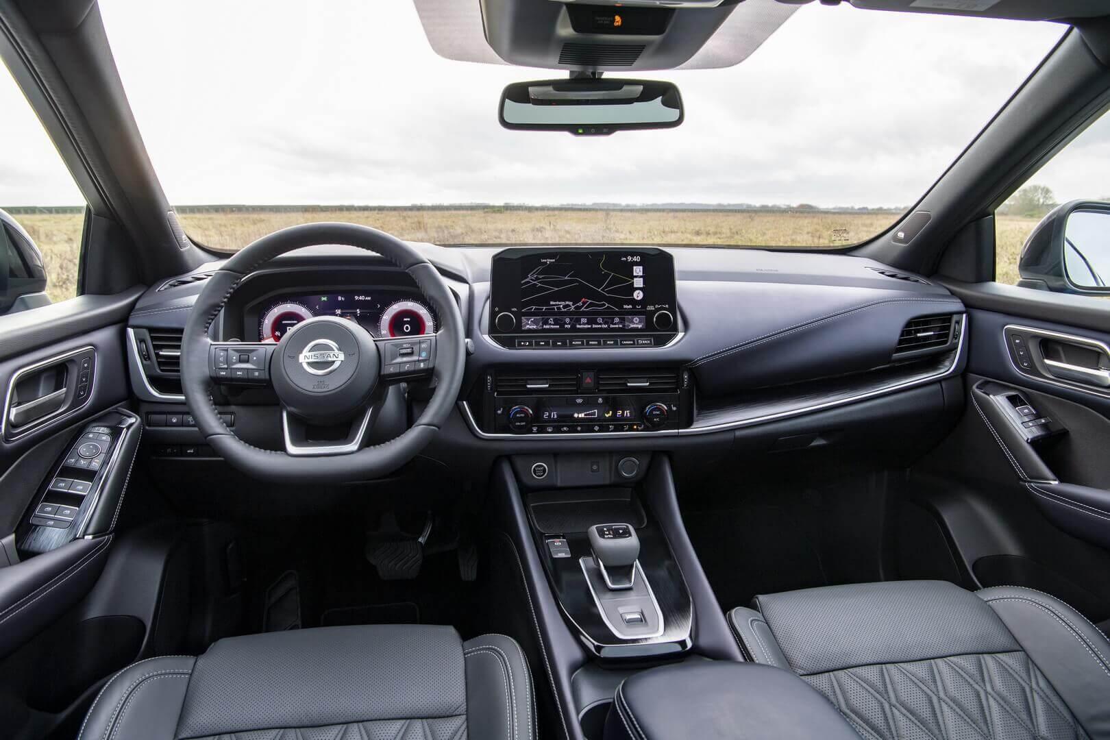 Интерьер гибридного Nissan Qashqai третьего поколения