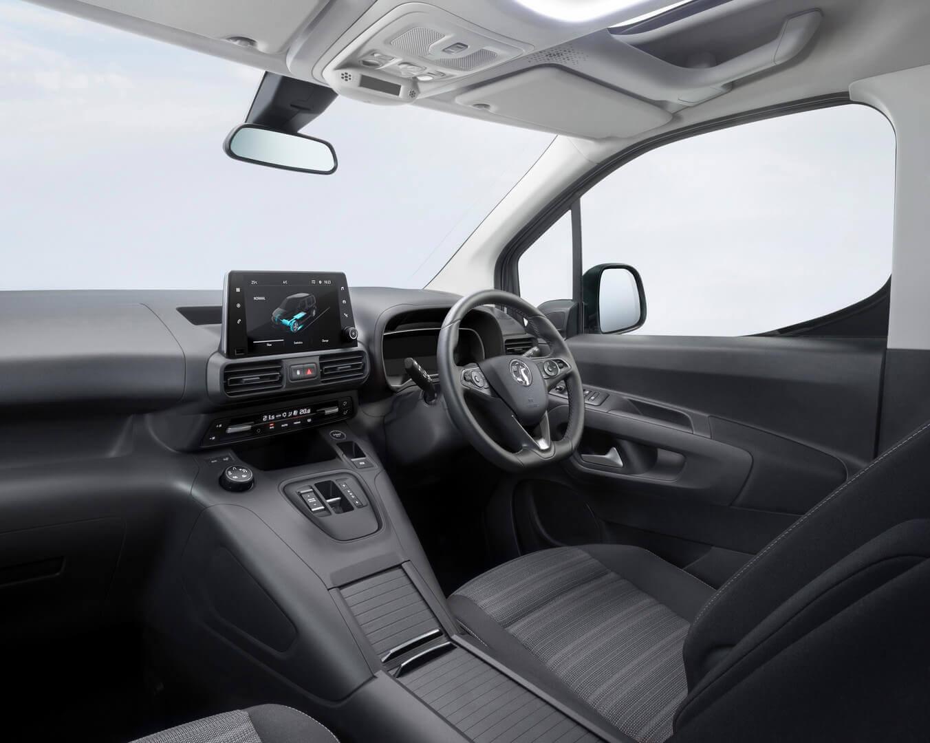 Интерьер Opel/Vauxhall Combo-e Life