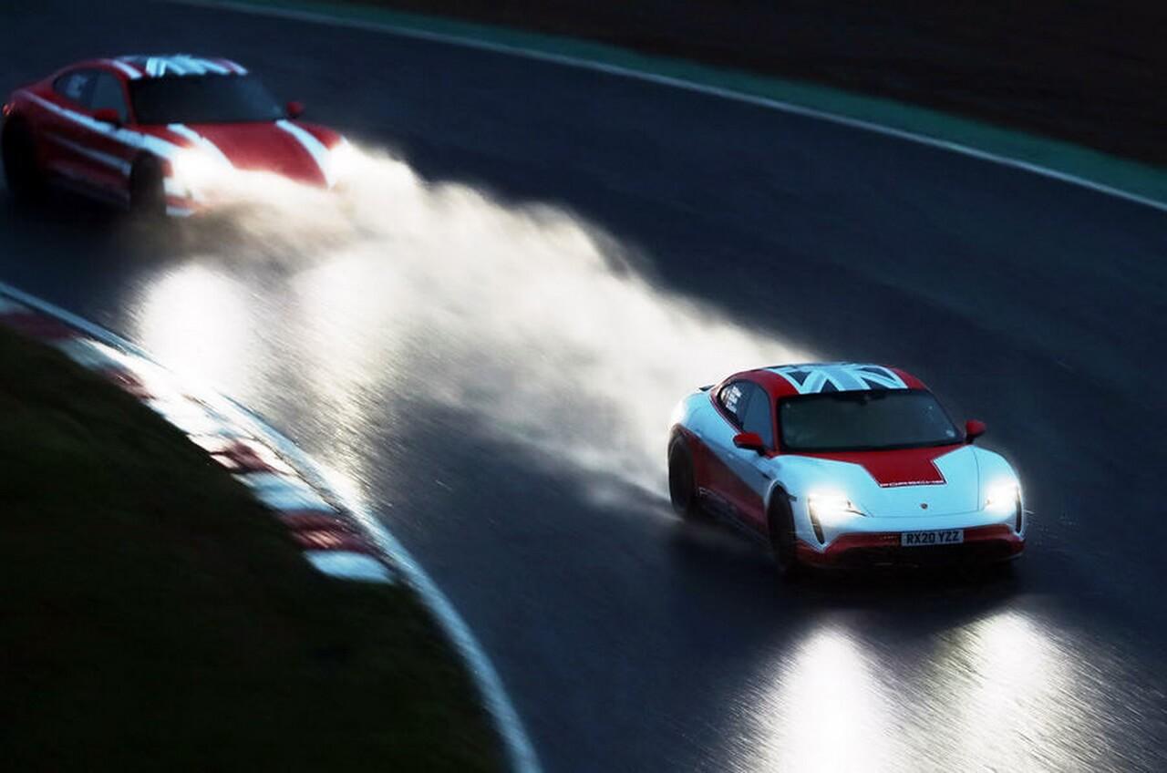 Porsche Taycan Turbo S и Taycan 4S разделили между собой 13 рекордов
