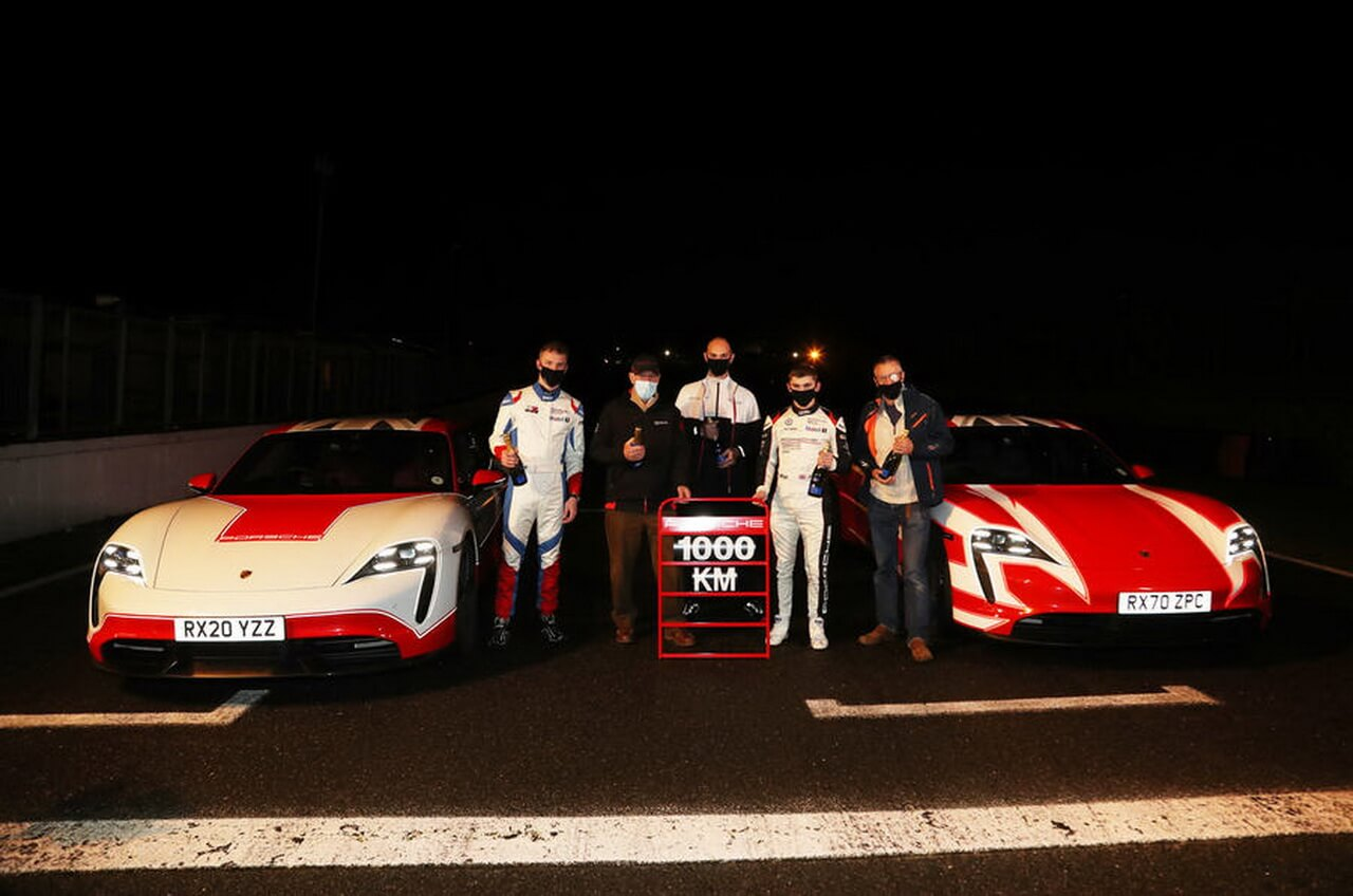 Команда Autocar установила наPorsche Taycan 13электрических рекордов