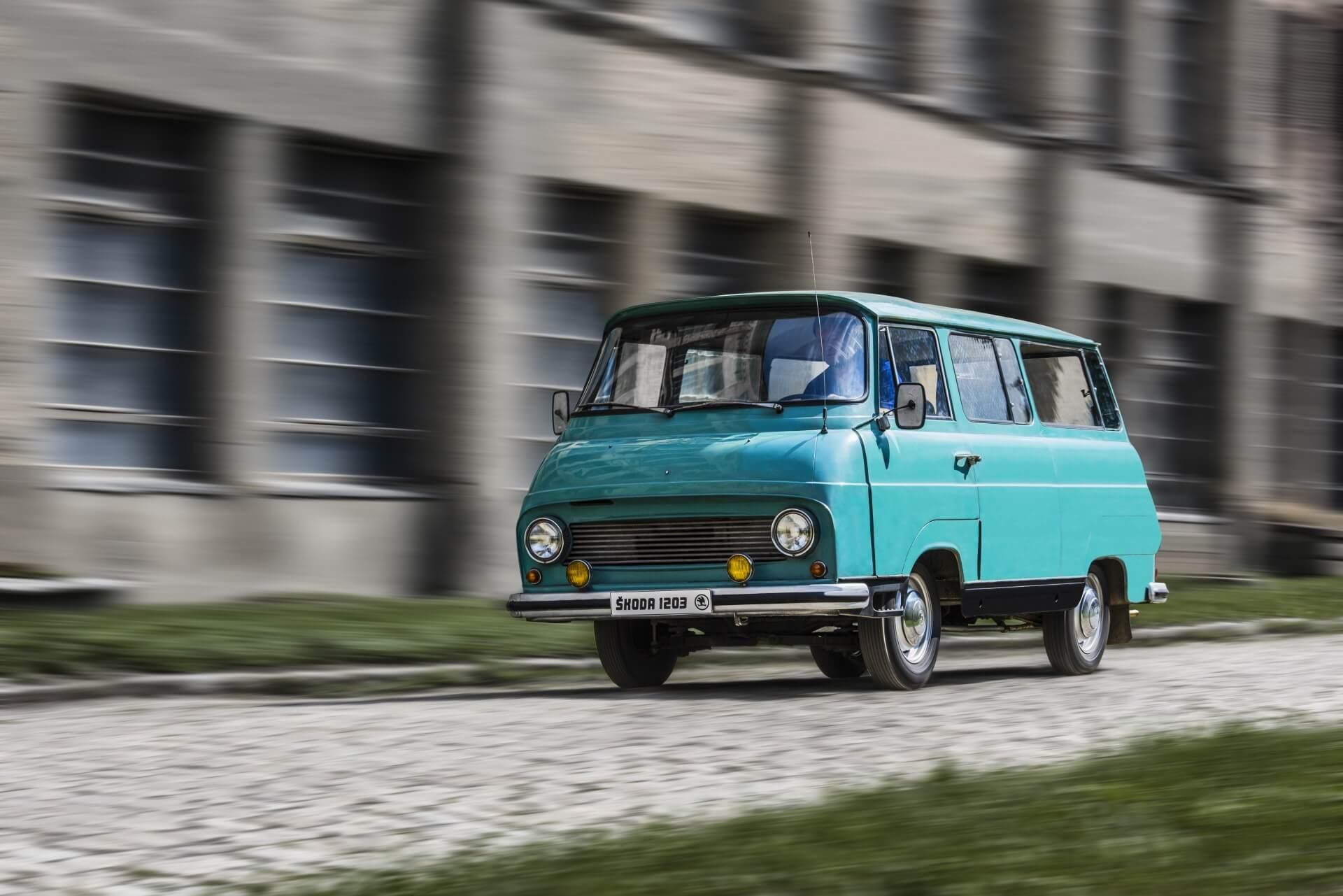 Ретро-фургон Skoda 1203
