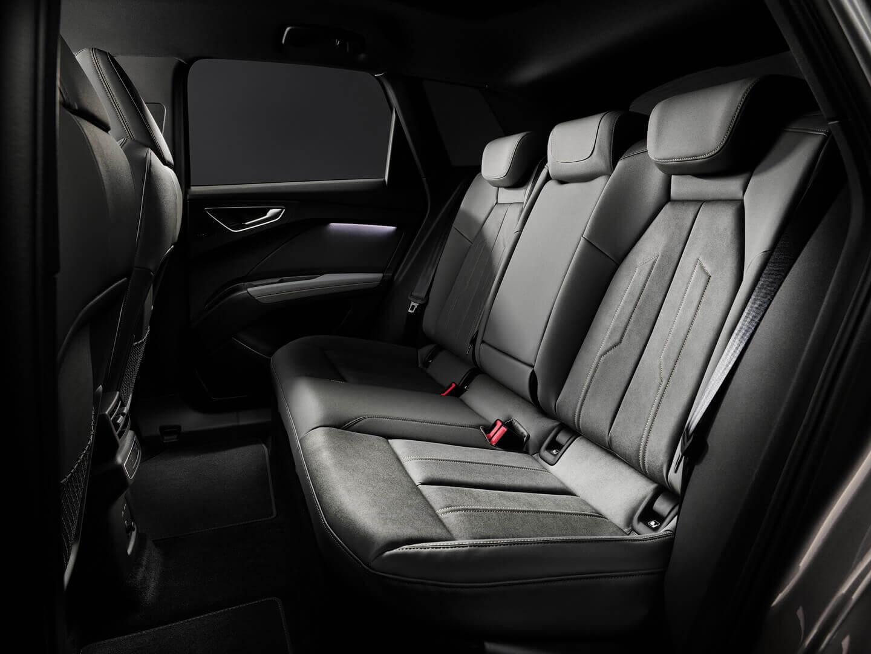 Задний ряд сидений Audi Q4 e-tron