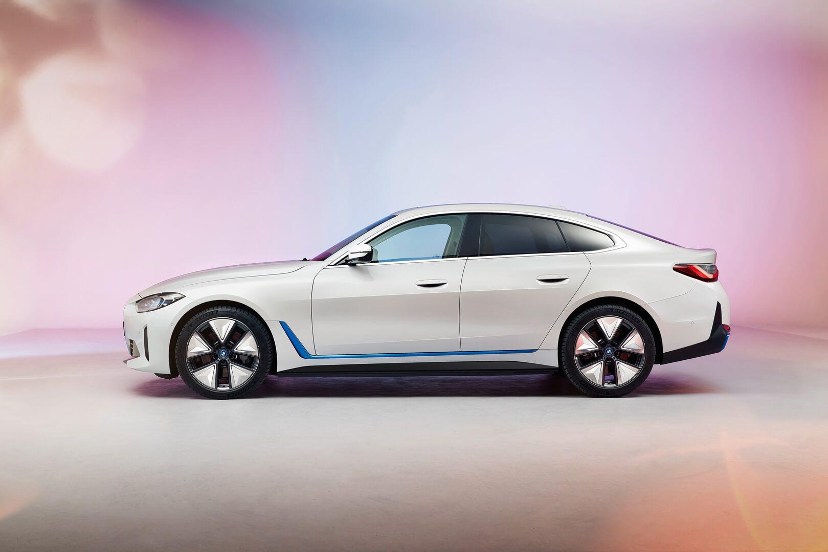 BMW i4 - это полностью электрический 4-дверный Gran Coupe