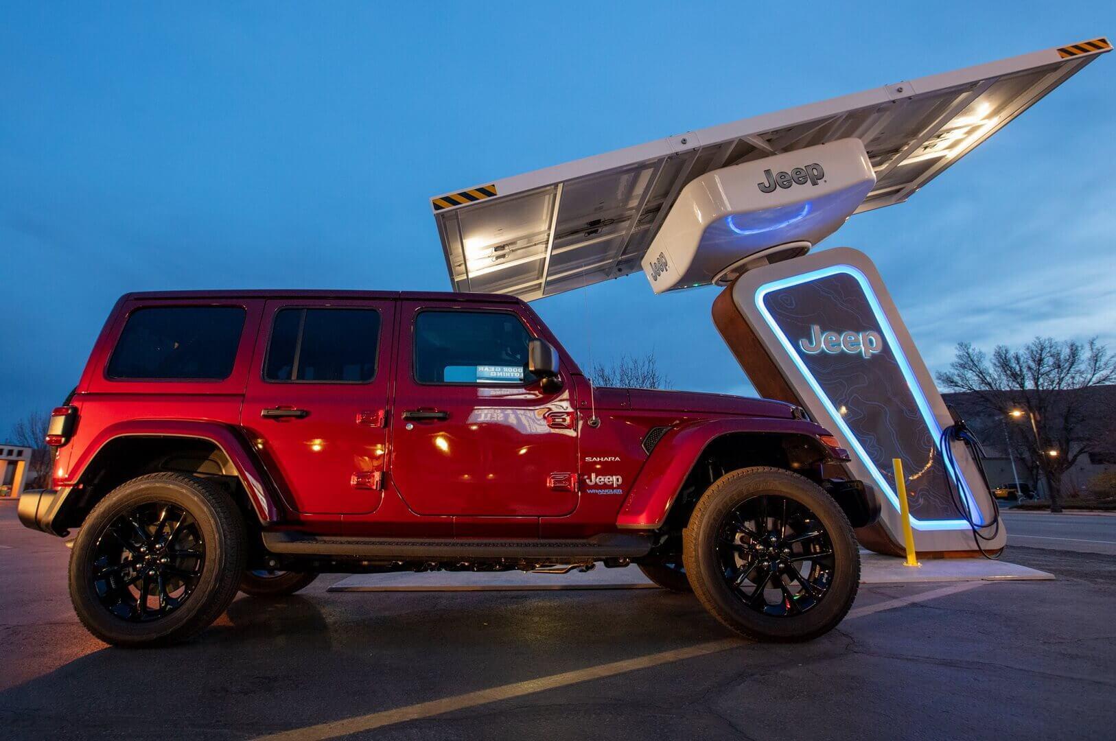 Electrify America и Jeep создадут зарядную сеть на внедорожных трассах