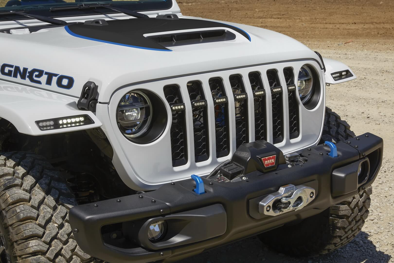 Jeep Wrangler Magneto — электрический концепт внедорожника с механической коробкой передач
