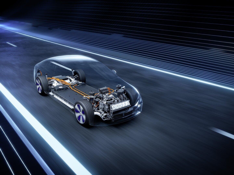Mercedes-Benz повысил запас хода седана EQS до770км поциклу WLTP
