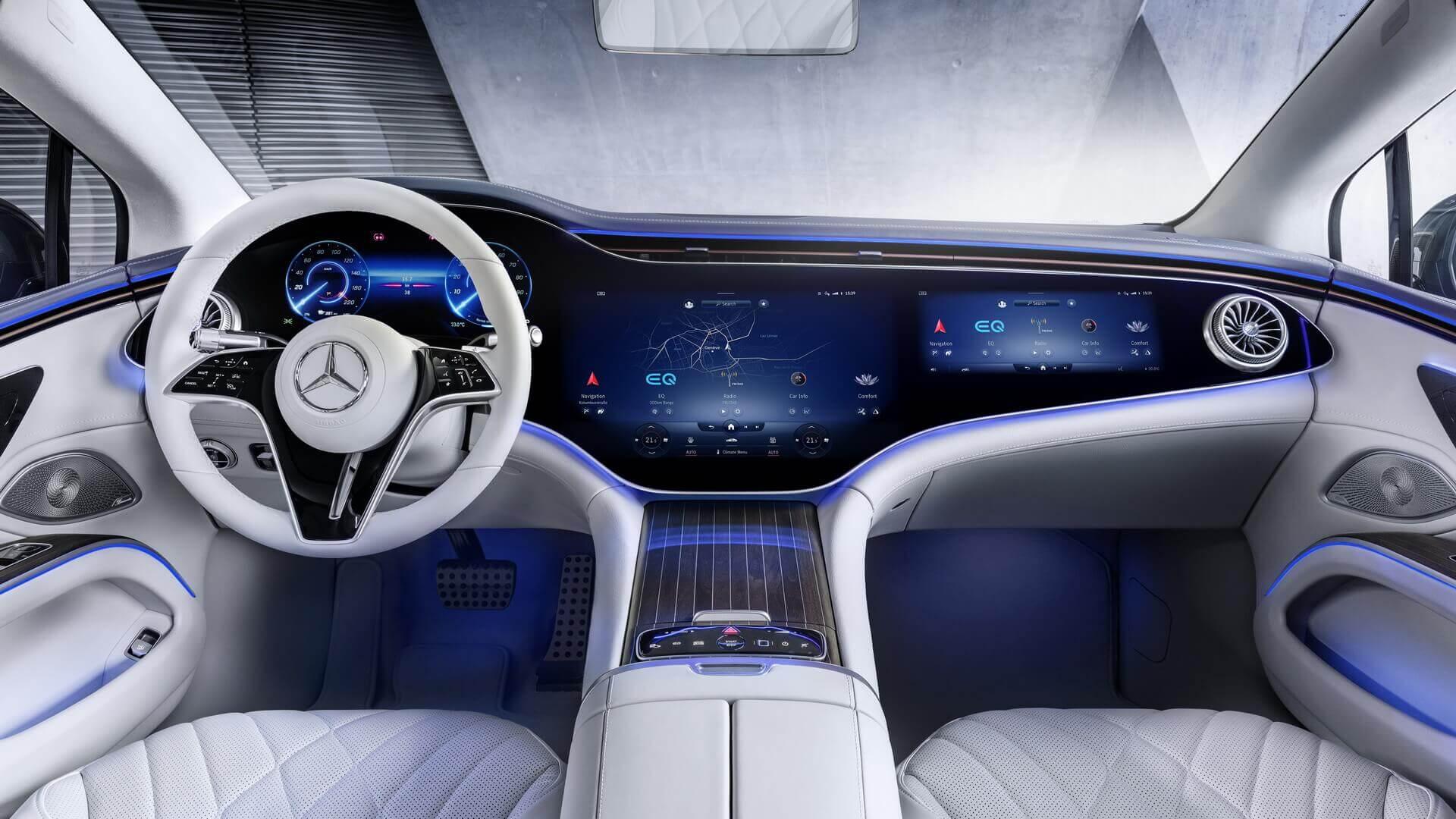 Mercedes-Benz показал интерьер EQS с интегрированным дисплеем MBUX Hyperscreen