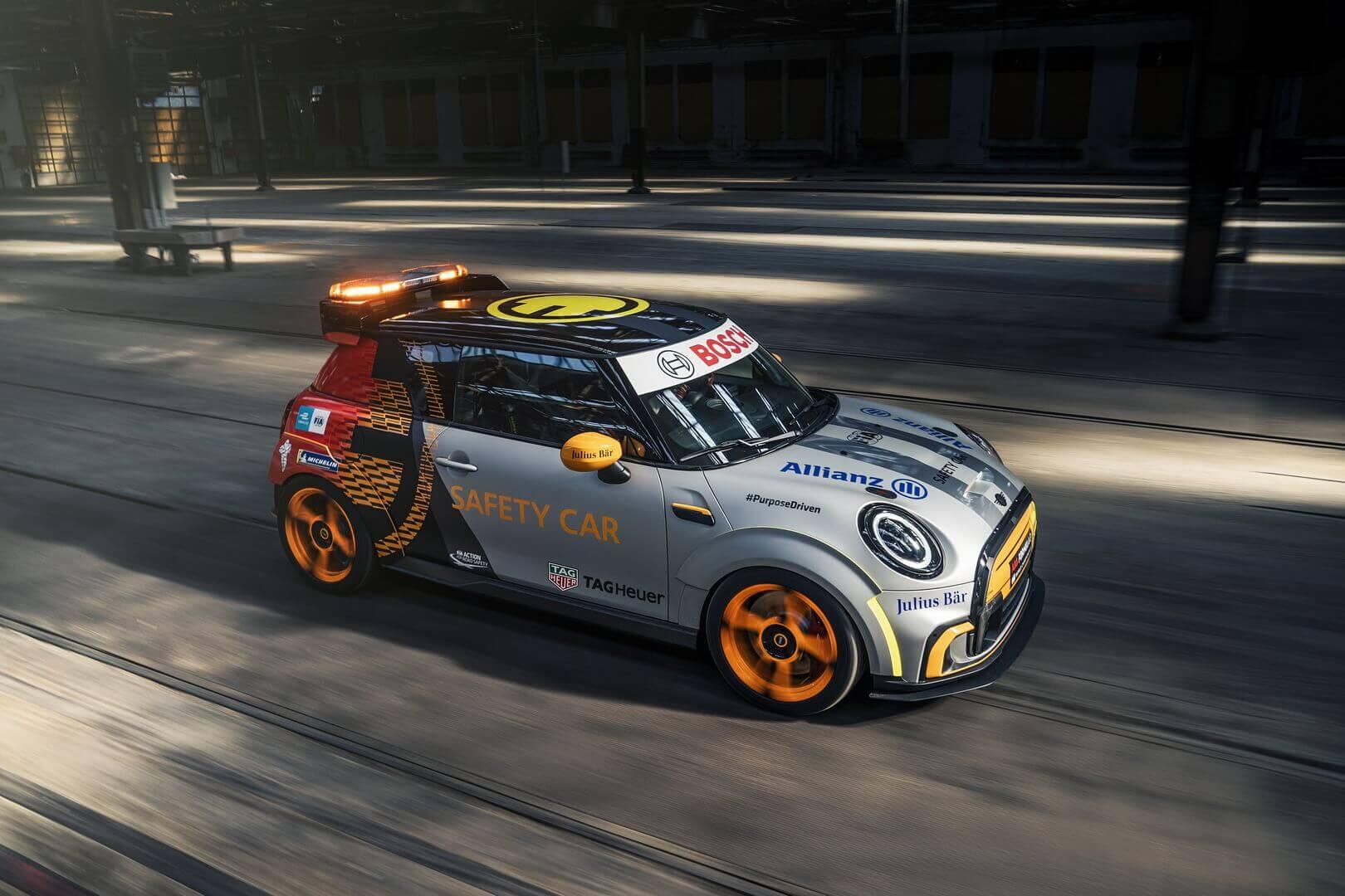 Новым «safety-car» Formula E станет модифицированный MINI Cooper Electric