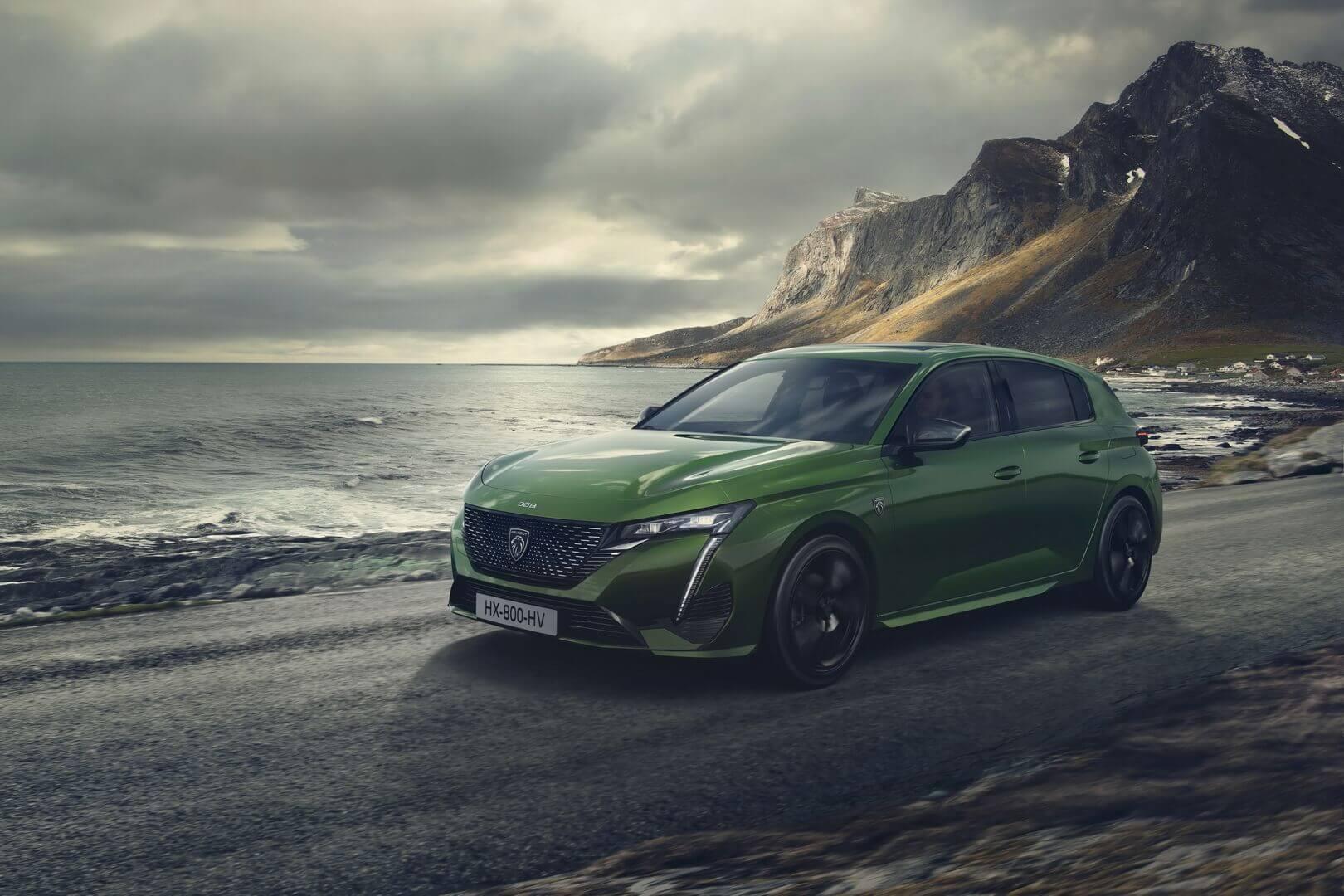 Новое поколение Peugeot 308 представлено в 2 PHEV-версиях