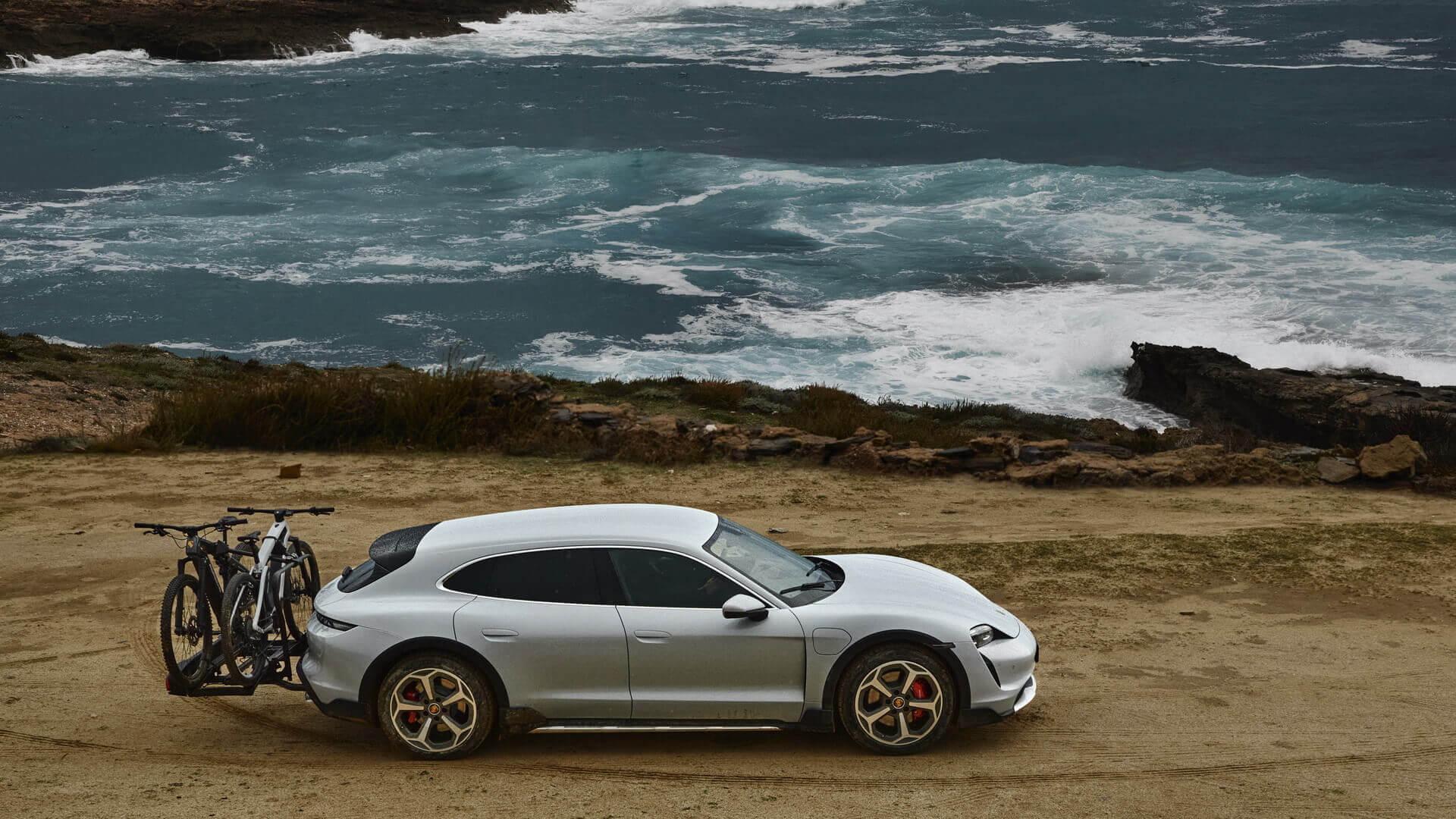 Фотография экоавто Porsche Taycan 4 Cross Turismo - фото 9