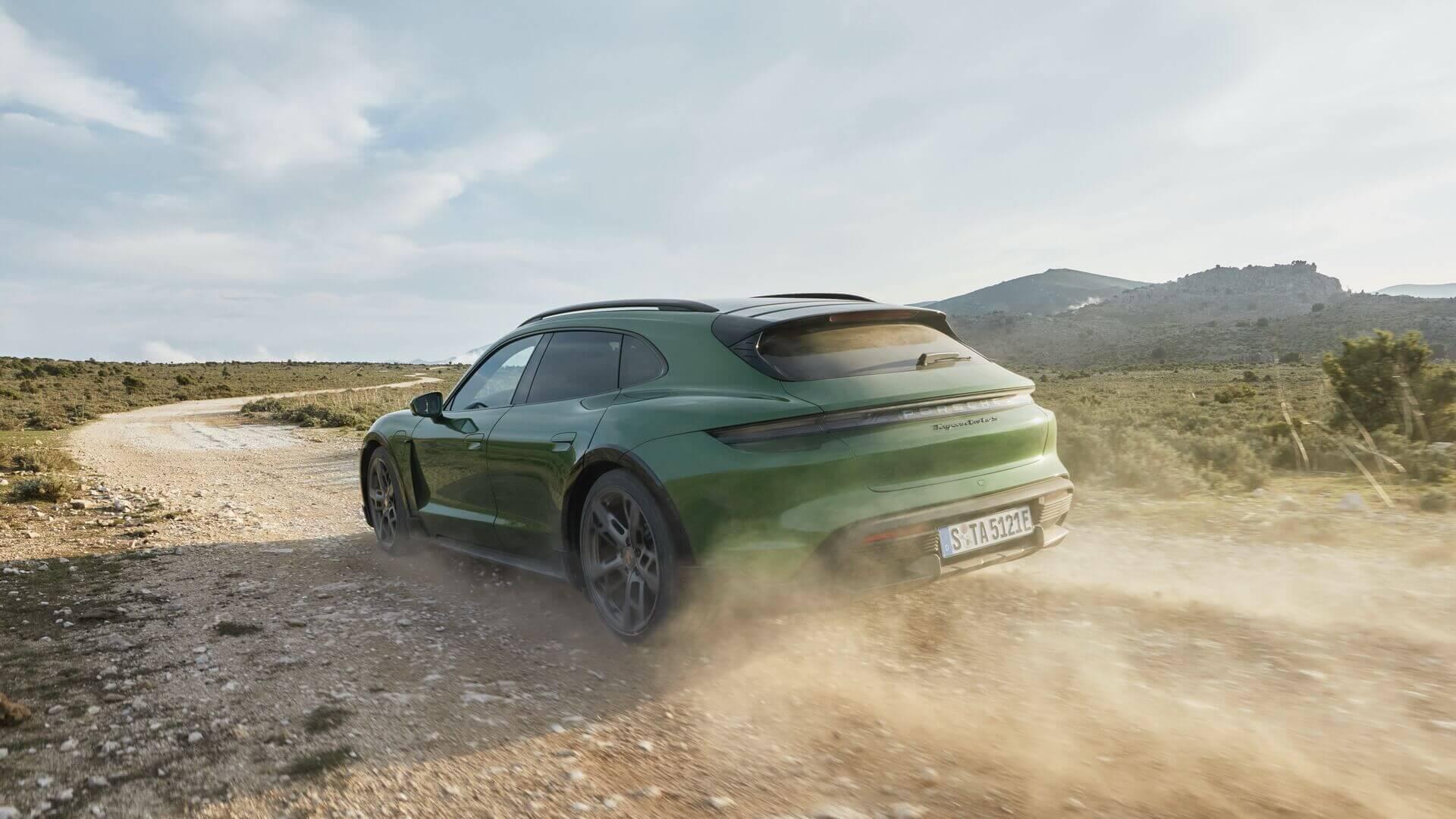 Porsche Taycan Cross Turismo: универсал среди электрических спорткаров