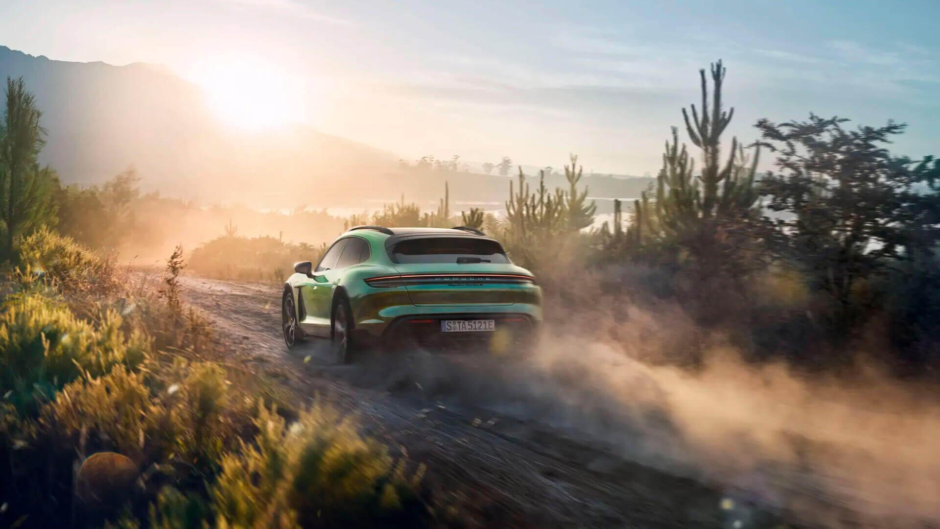 Фотография экоавто Porsche Taycan 4 Cross Turismo - фото 22