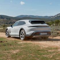 Фотография экоавто Porsche Taycan 4 Cross Turismo - фото 14
