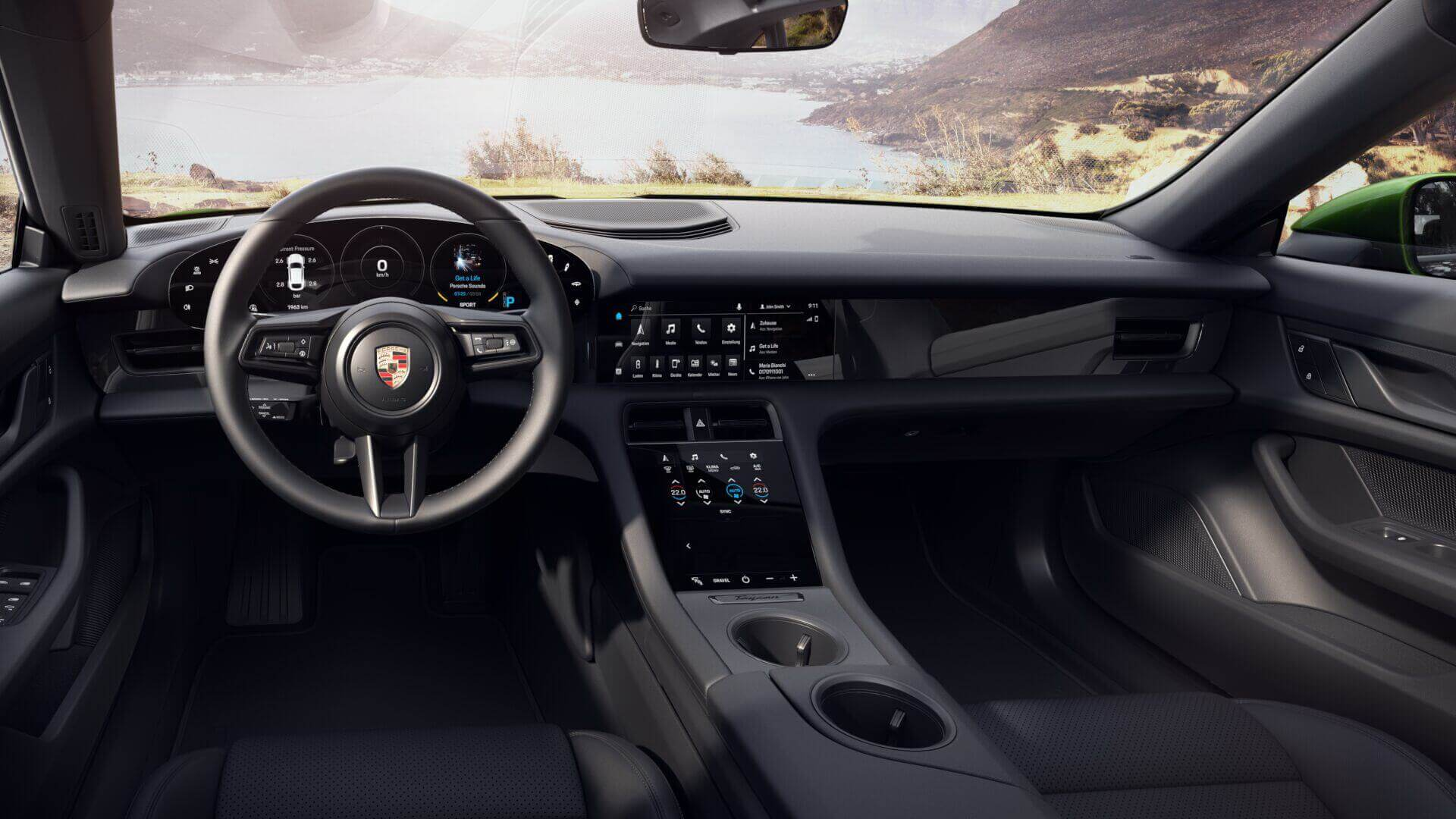 Интерьер Porsche Taycan Cross Turismo