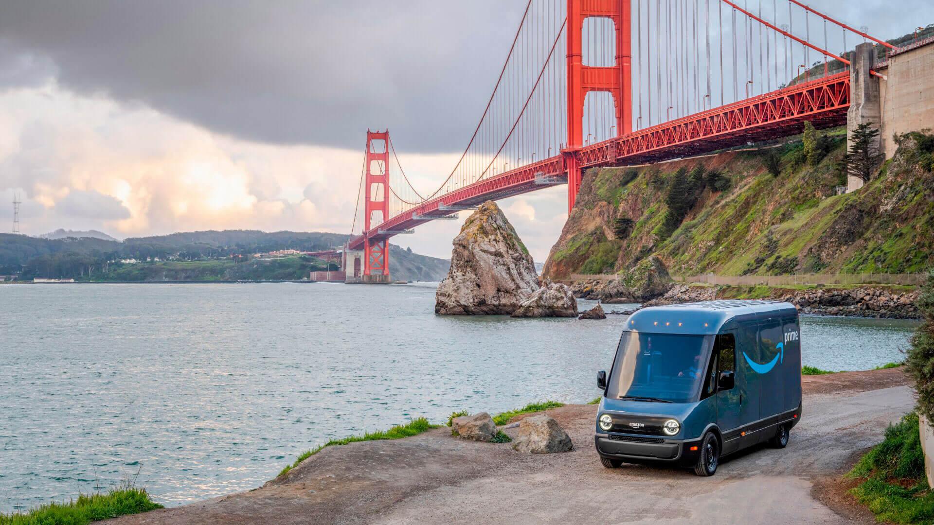 Amazon начал испытания электофургонов Rivian в Сан-Франциско