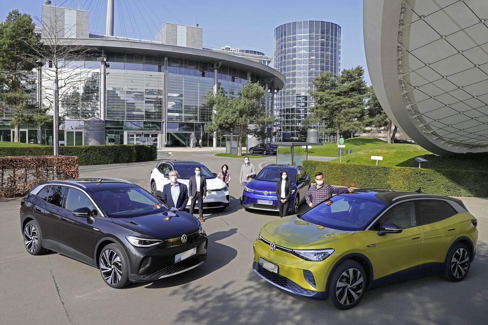 Первые поставки Volkswagen ID.4 клиентам в Вольфсбурге