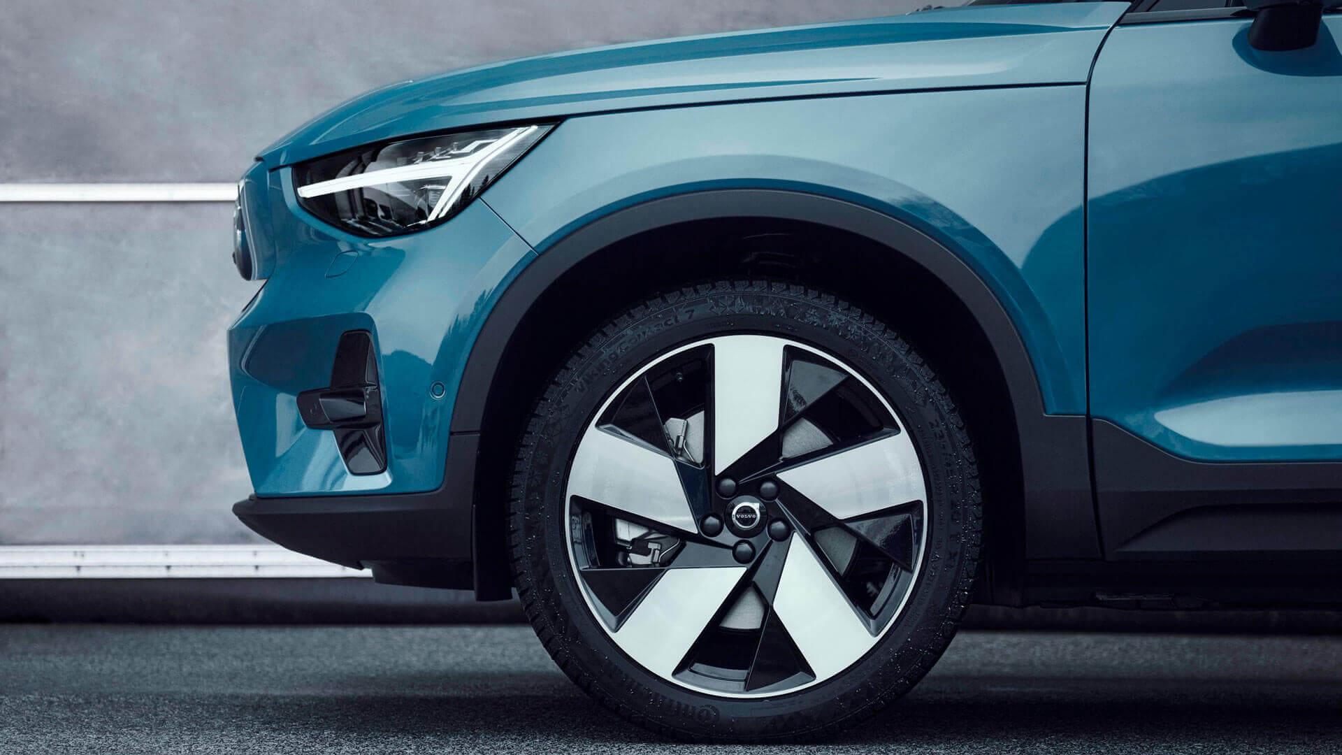 Диски и шины второго серийного электромобиля Volvo C40 Recharge