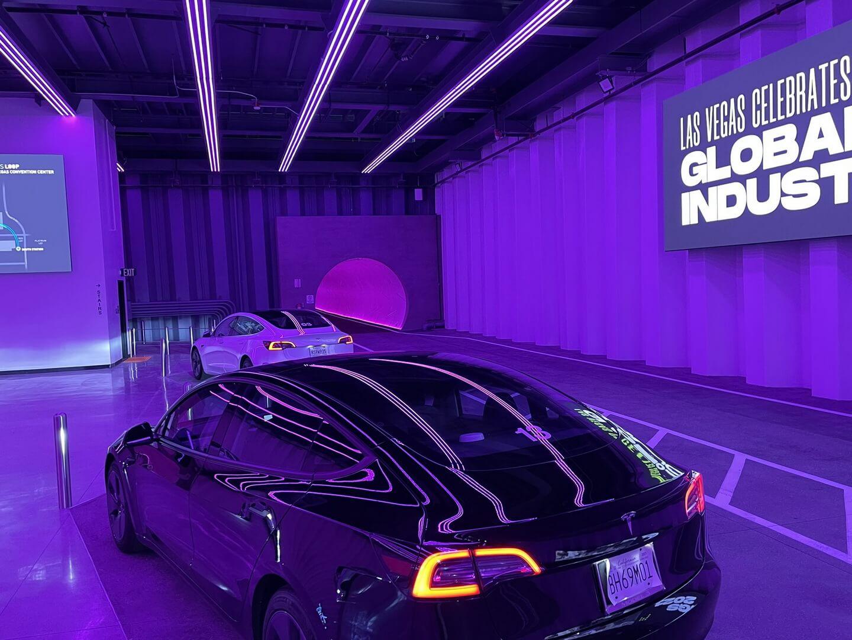 В Лас-Вегасе заработал первый тоннель для электрокаров Tesla