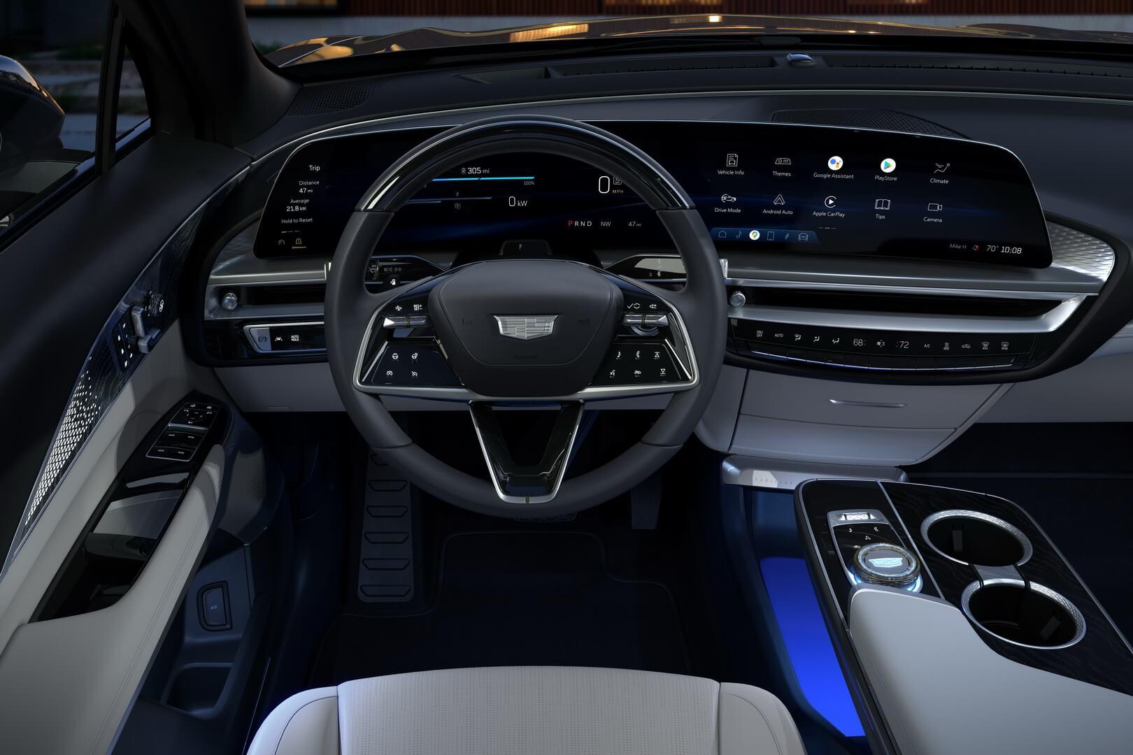 Интерьер электрокроссовера Cadillac LYRIQ