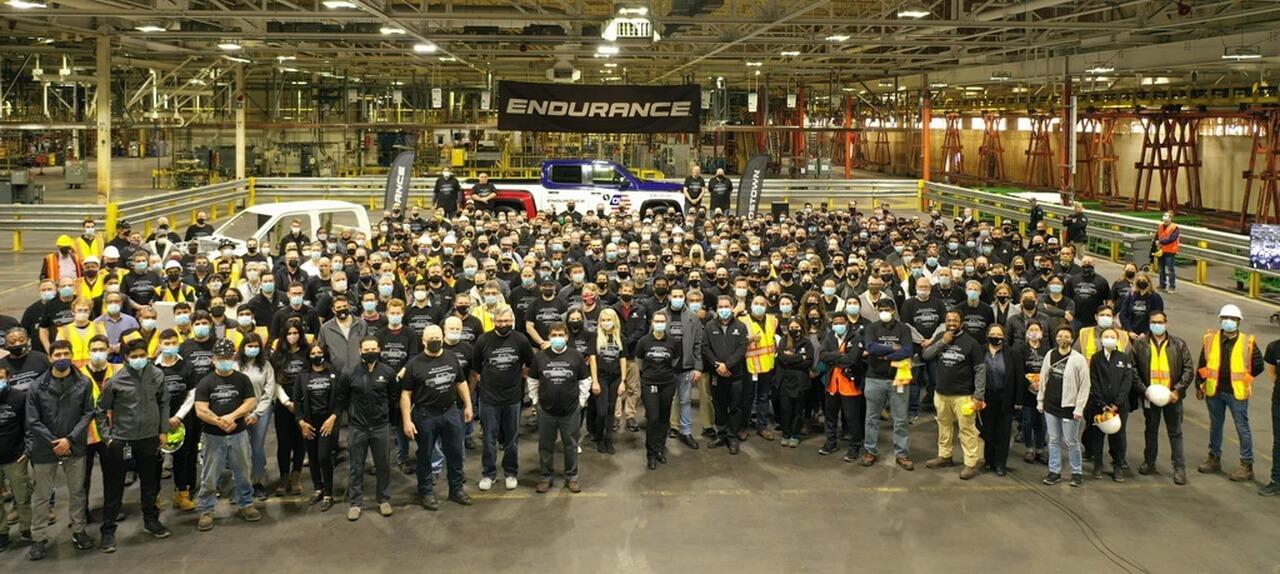 Lordstown Motors презентовала первые производственные версии пикапа Endurance