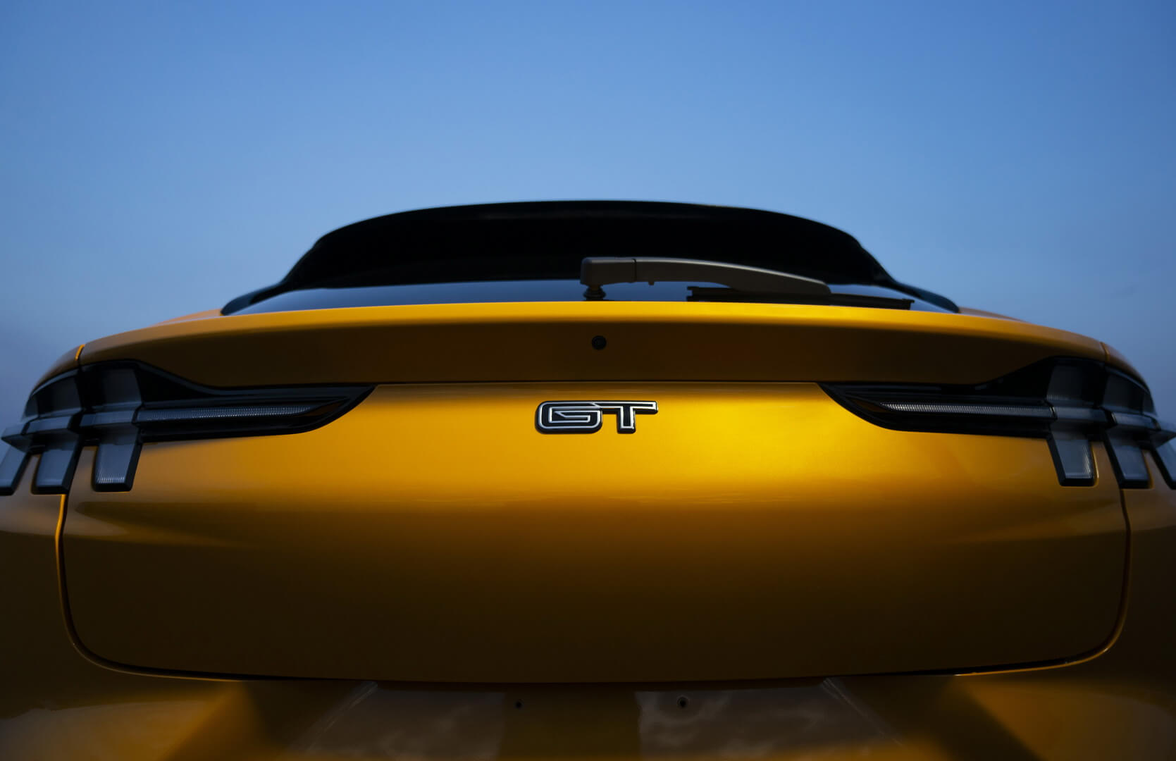 Ford Mustang Mach-E стал доступен в самых производительных версиях