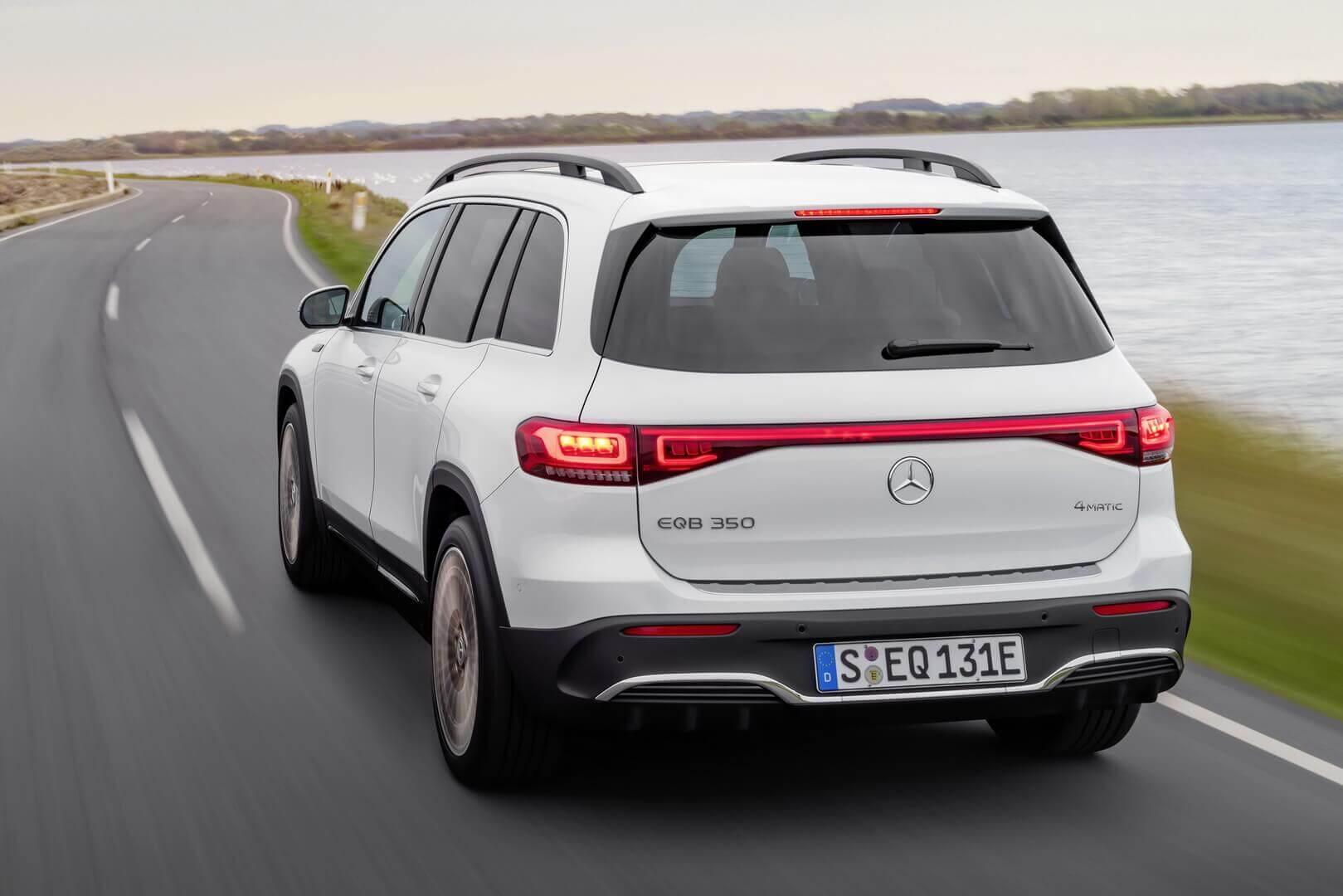Полностью электрический 7-местный кроссовер Mercedes-Benz EQB