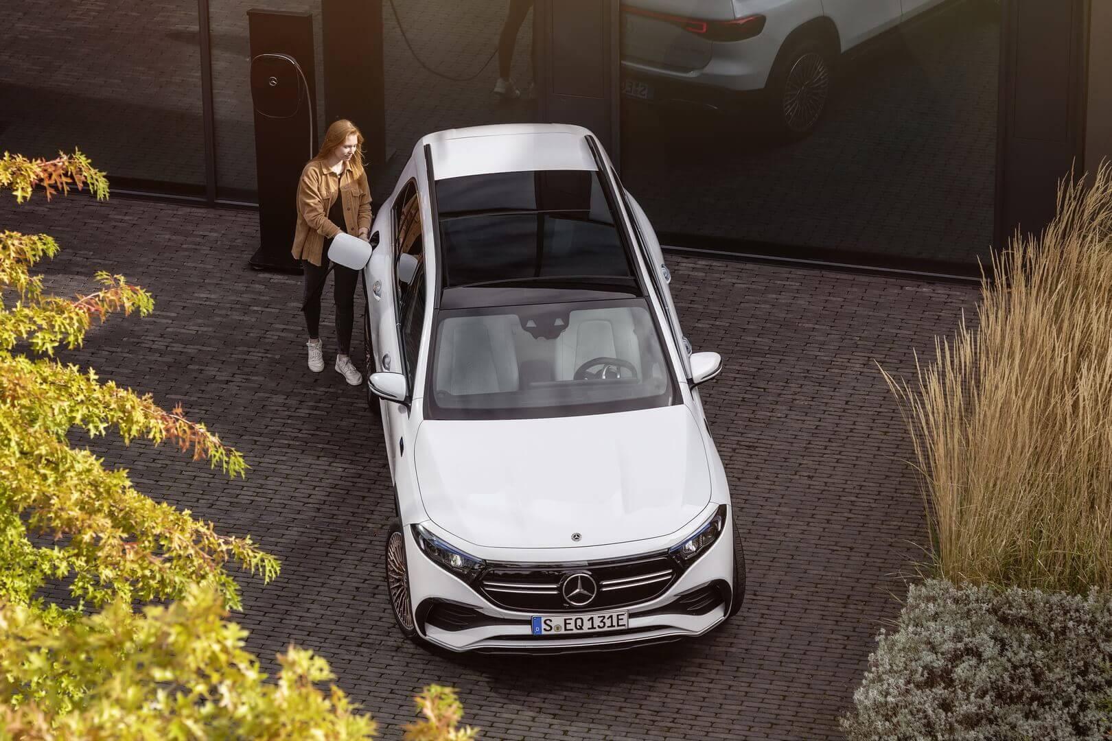 Mercedes-Benz представил трехрядный электрический внедорожник EQB в Европе