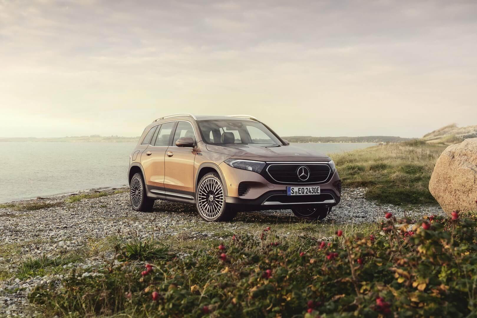Модельный ряд Mercedes-Benz EQB будет включать несколько конфигураций с передним и полным приводом