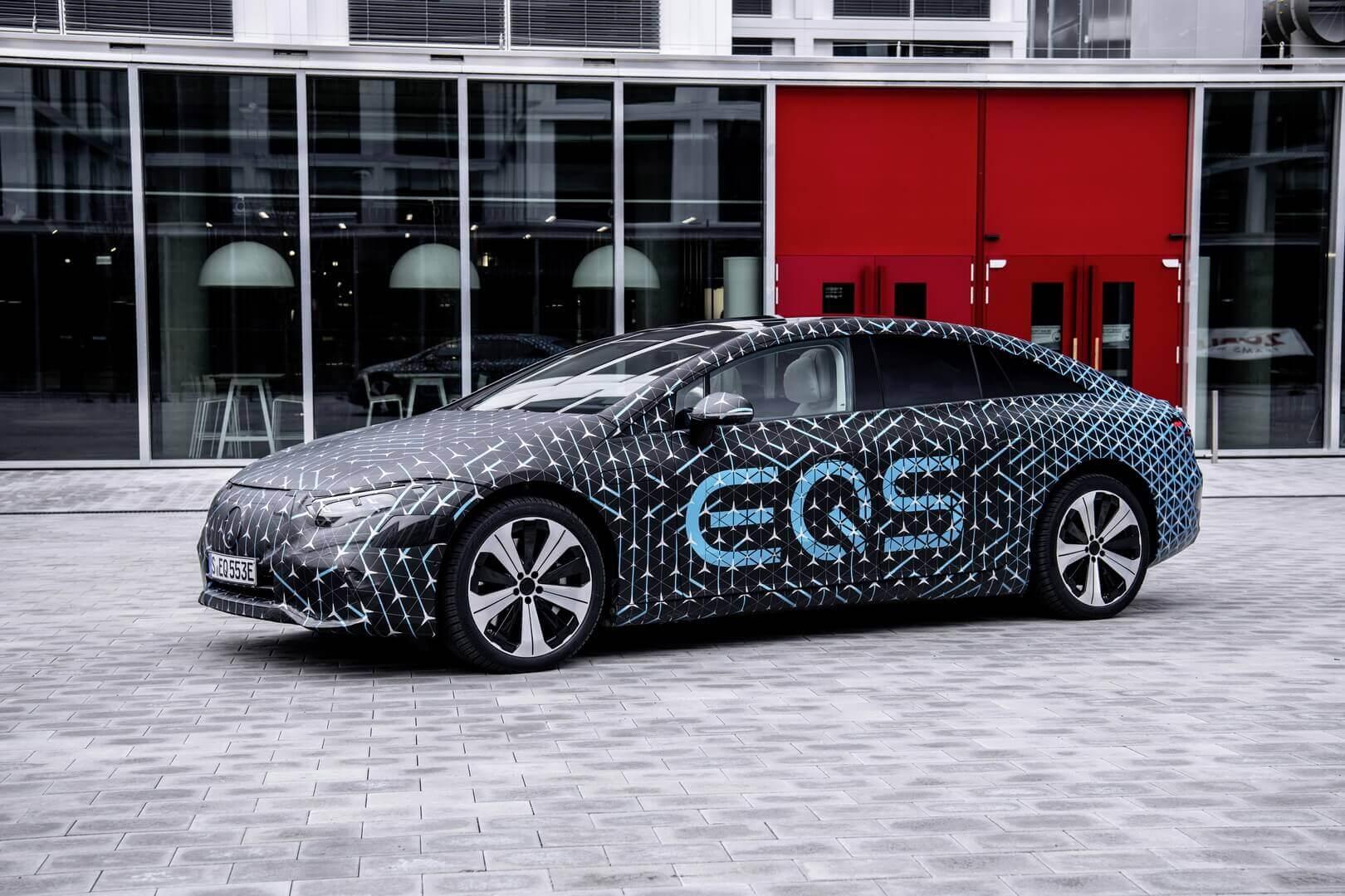 Электрический флагман Mercedes-Benz EQS