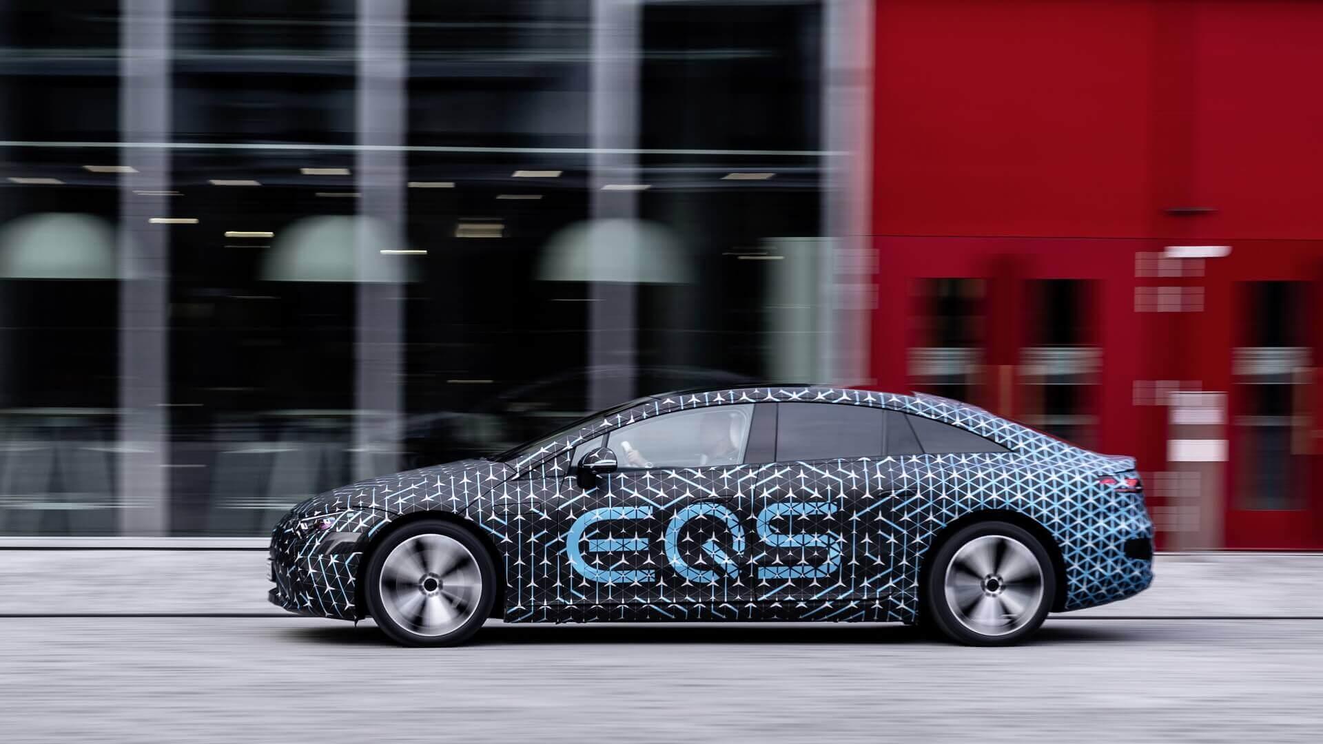 Mercedes-Benz анонсировал для седана EQS запас хода 770 км по WLTP