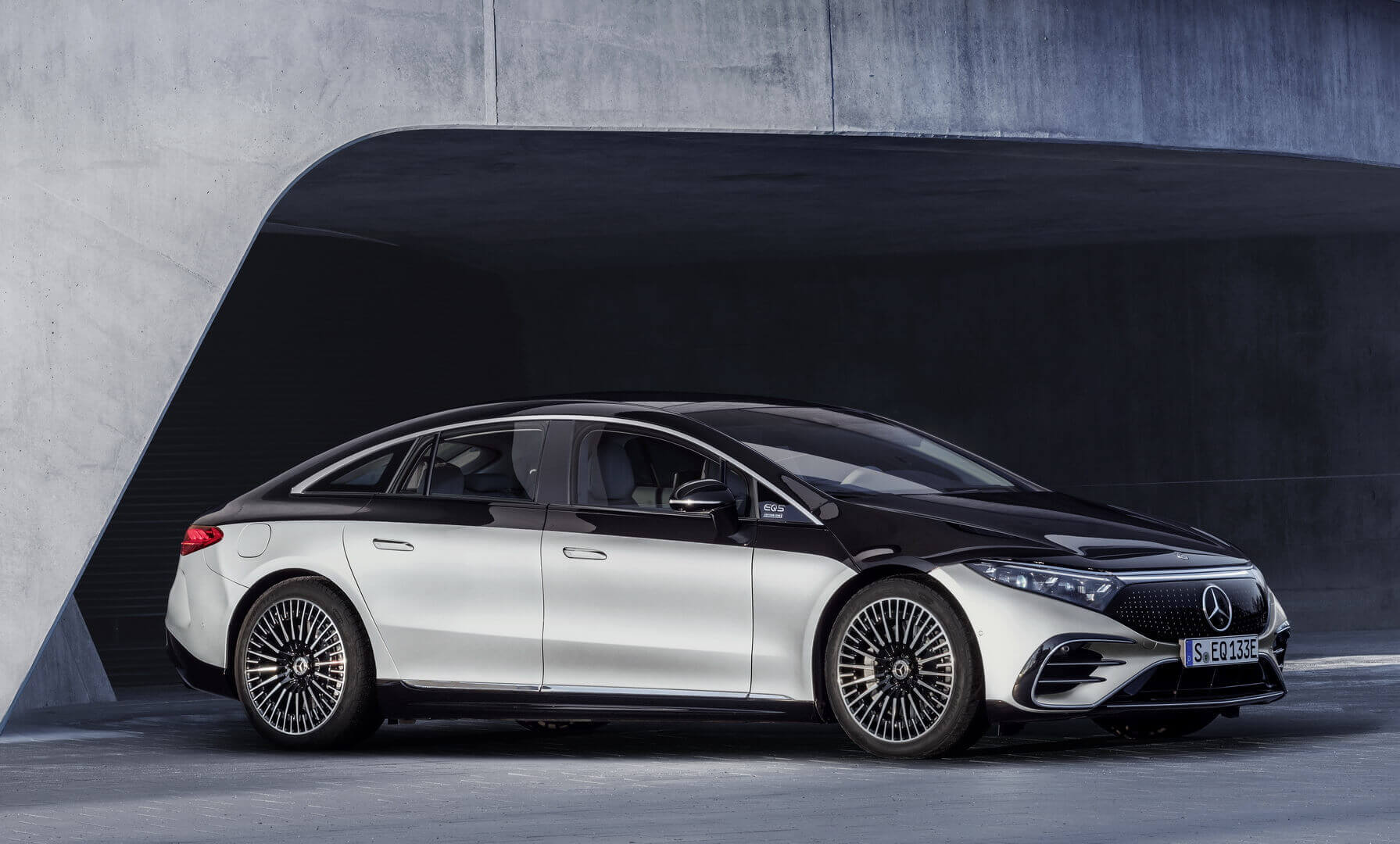 Электрическая роскошь S-класса от Mercedes-EQ