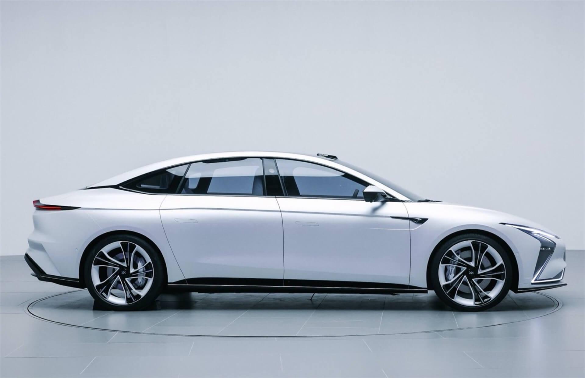 Китайская компания Zhiji Auto представила электромобиль, с которым придется считаться даже Tesla