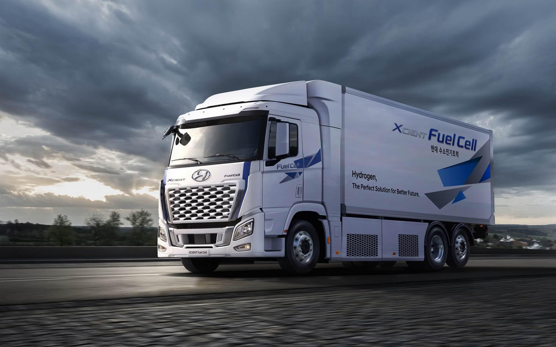 Hyundai модернизирует дизайн и улучшает характеристики грузовика на топливных элементах XCIENT