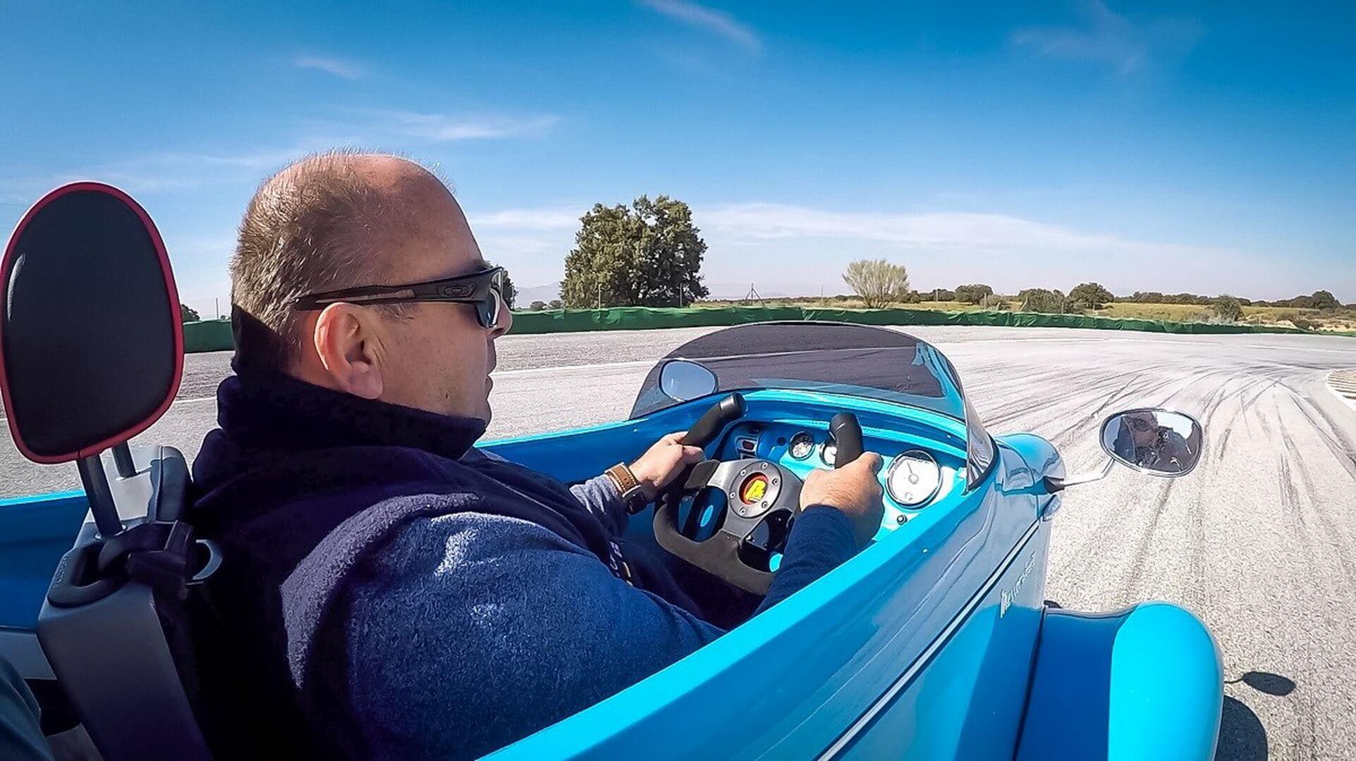 Messerschmitt выпустила электрический микрокар KR-E5000