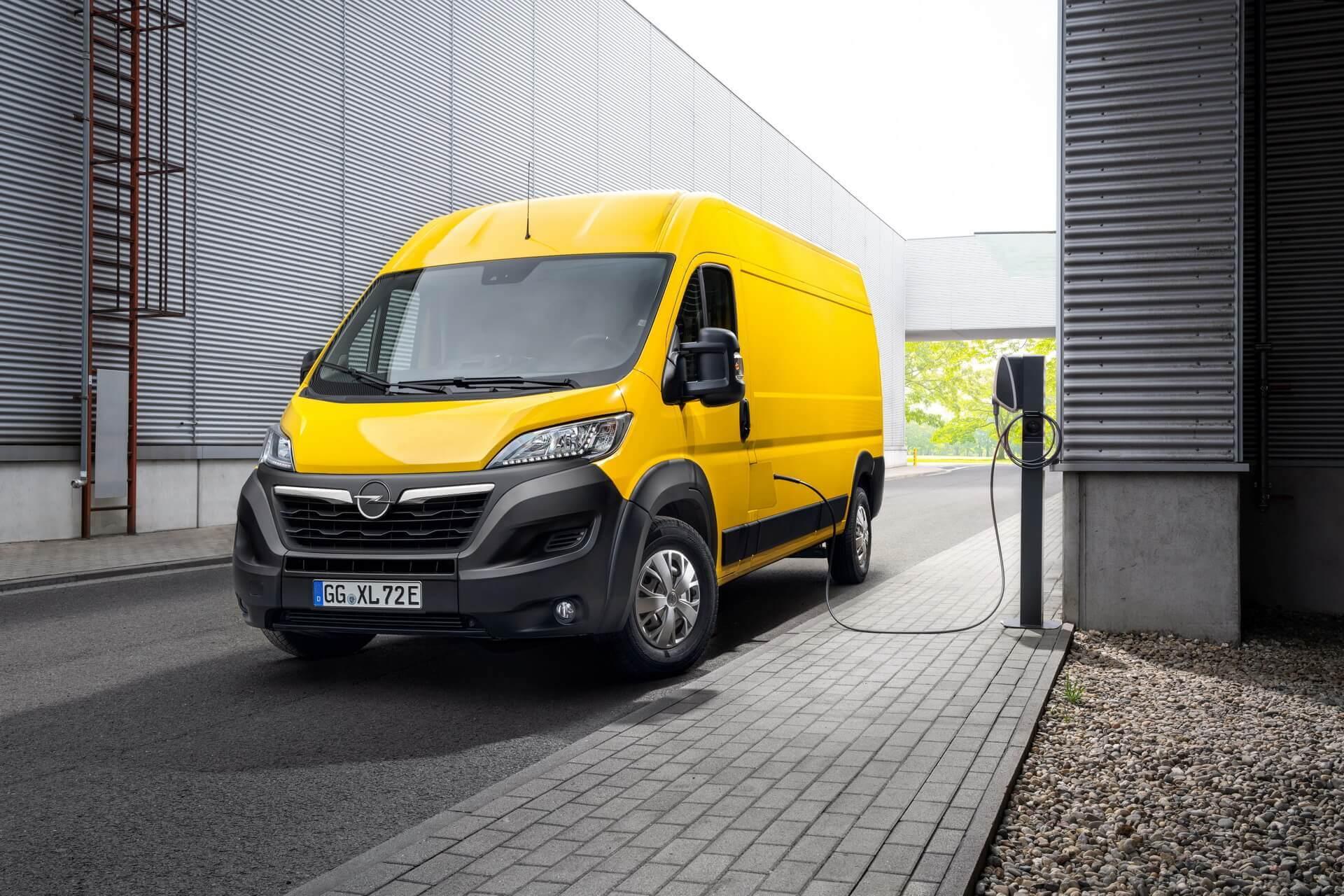Opel раскрыл характеристики коммерческого электрофургона Movano-e