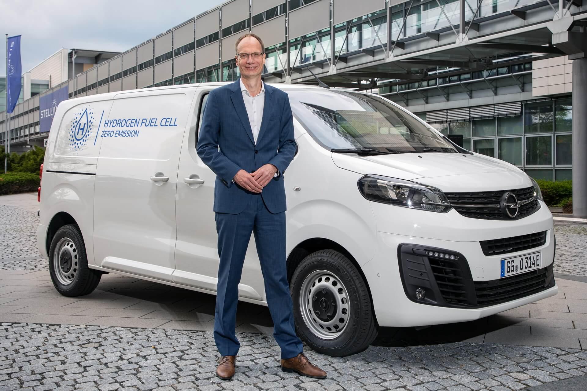 Opel представляет фургон на топливных элементах Vivaro-e HYDROGEN