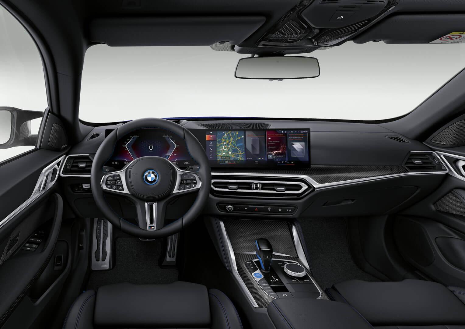 Интерьер BMW i4 M50