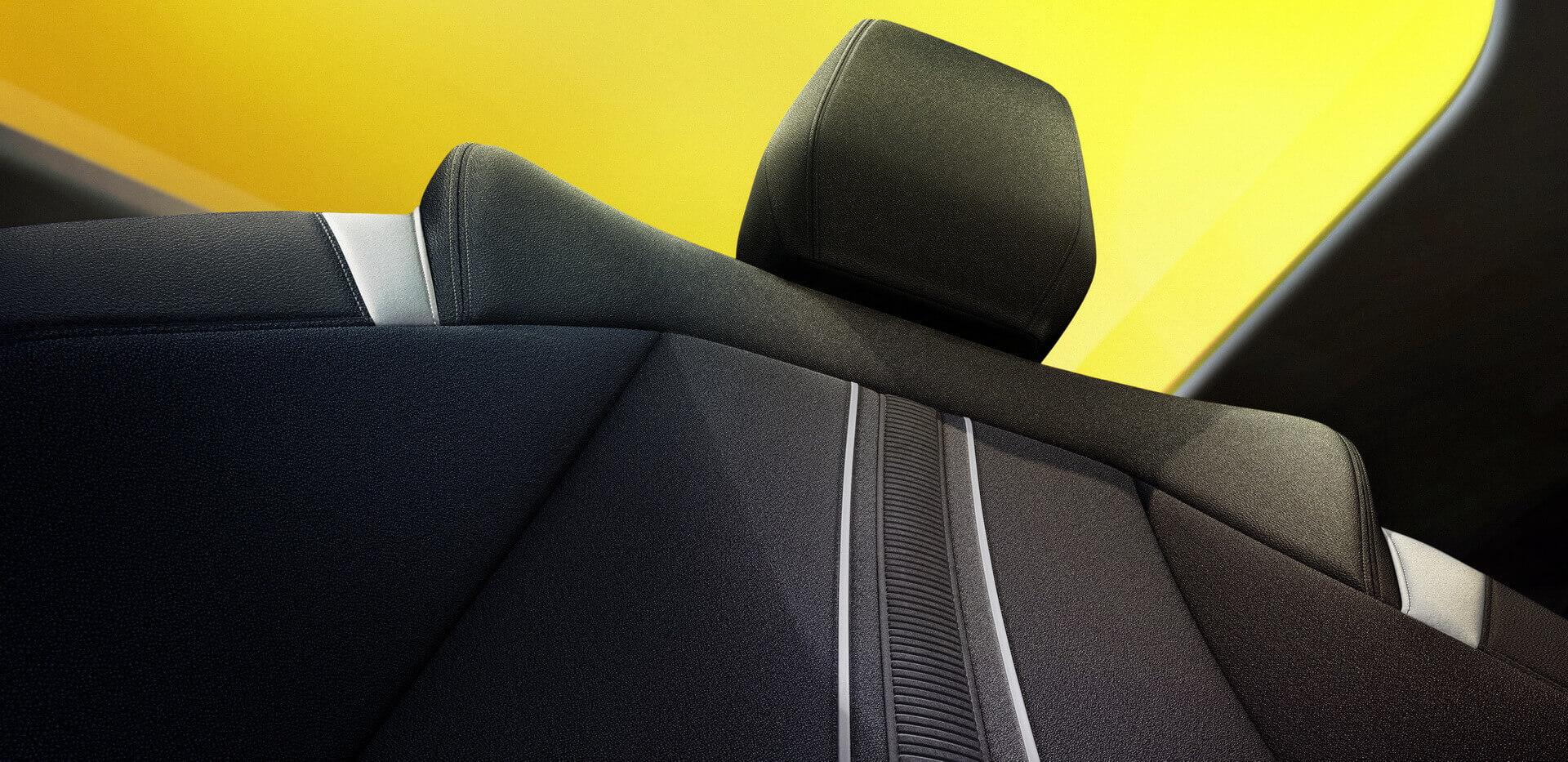 Салон новой Opel Astra