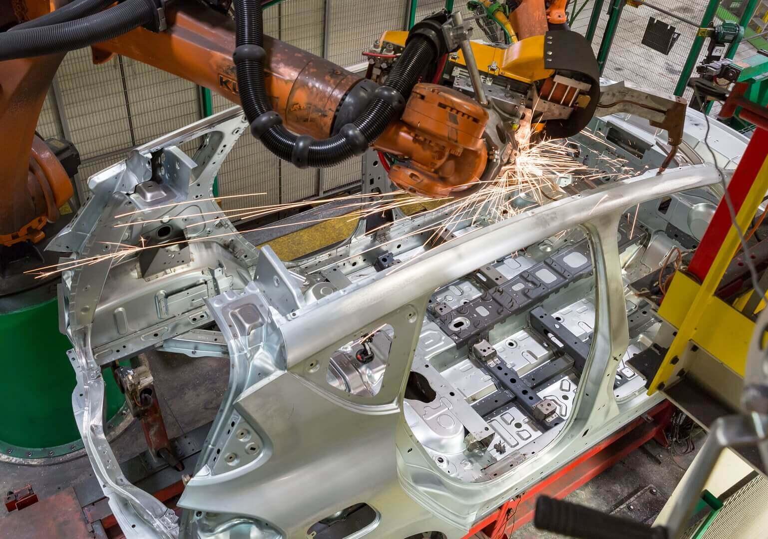 С 2021 года завод в Дуэ начнет выпуск своего первого электромобиля, Mégane E-Vision, на базе новой модульной платформы Альянса CMF-EV