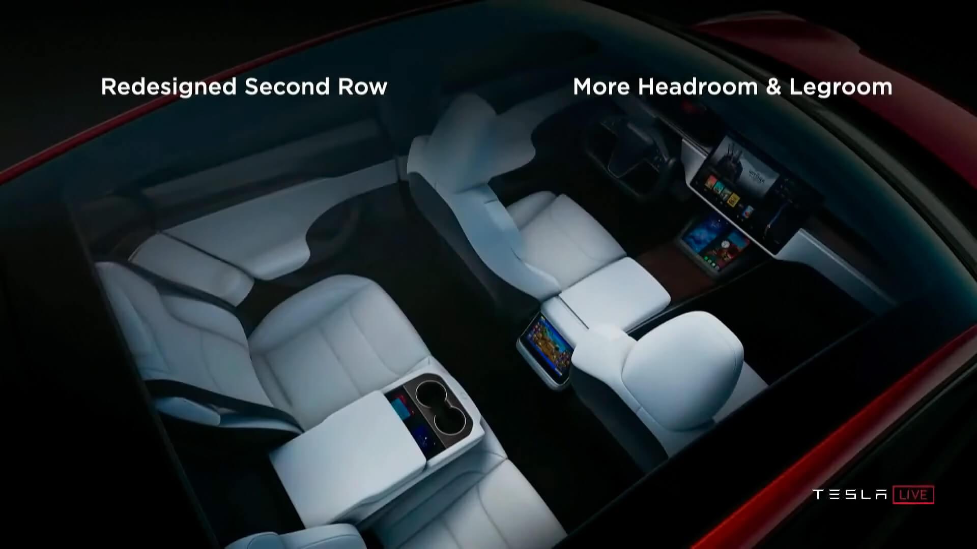 Салон новой Tesla Model SPlaid