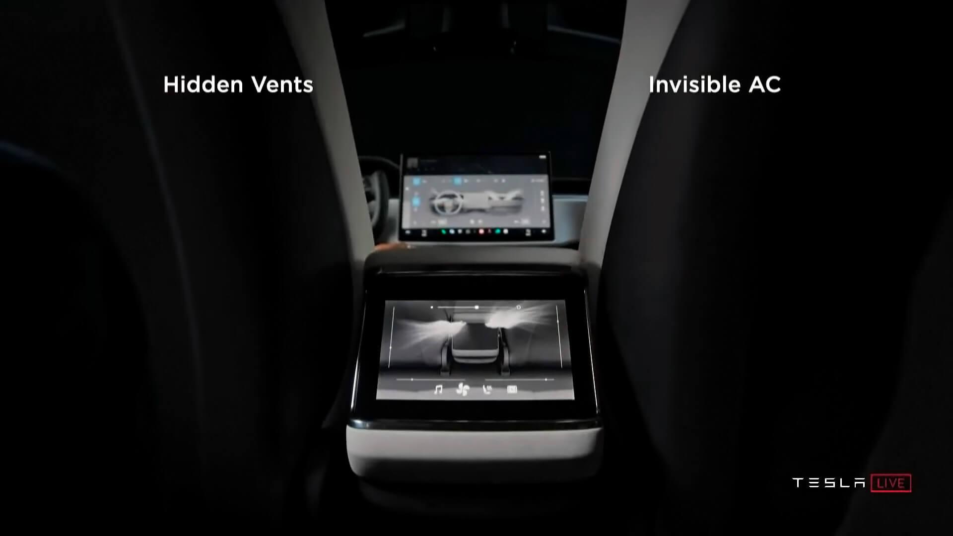 Дисплей для пассажиров второго ряда Tesla Model SPlaid