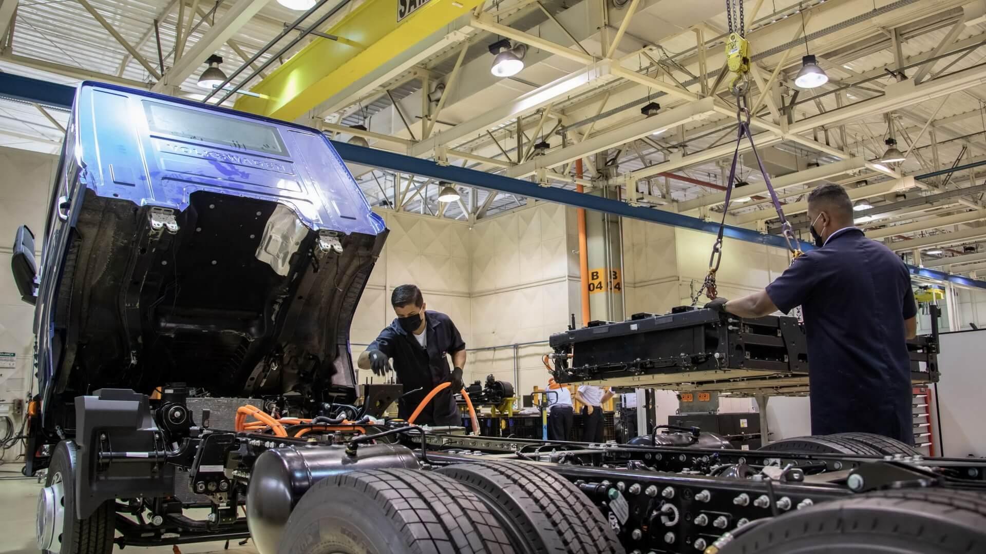 Volkswagen запускает производство электрических грузовиков в Бразилии